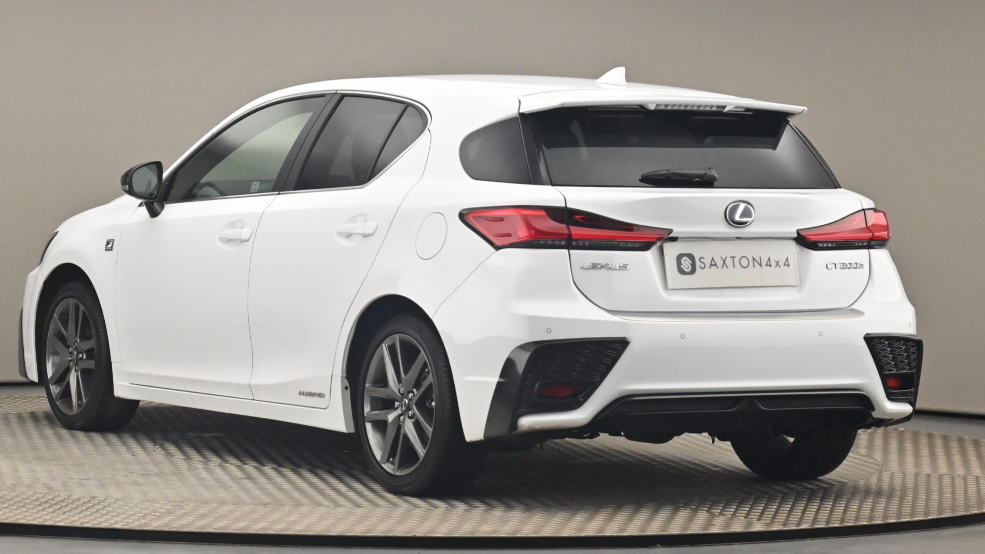 Used 2019 Lexus CT 200h 1.8 F-Sport 5dr CVT [Leather] WHITE at Saxton4x4