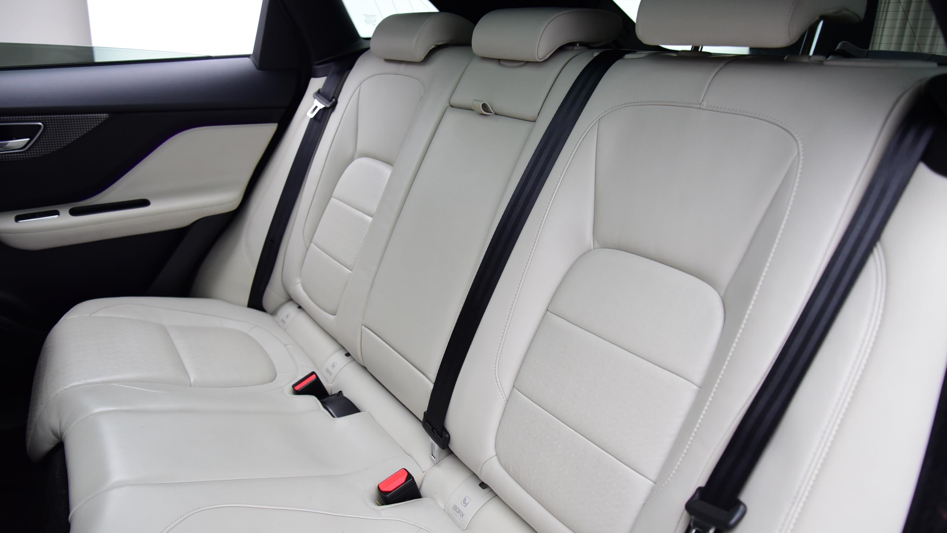 Used 2016 Jaguar F-PACE 3.0d V6 1st Edition 5dr Auto AWD Black at Saxton4x4