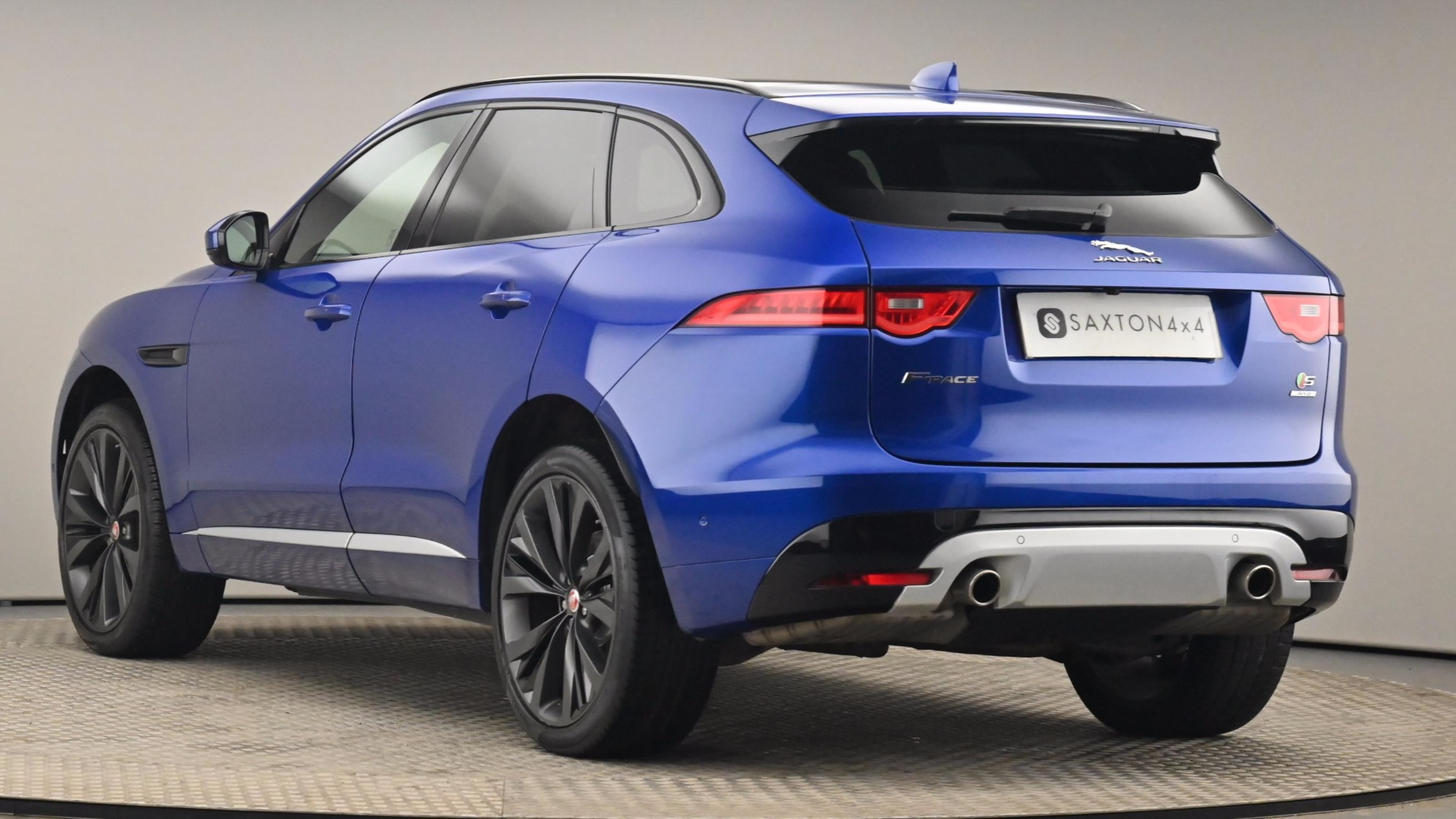 Used 2016 Jaguar F-PACE 3.0d V6 1st Edition 5dr Auto AWD BLUE at Saxton4x4