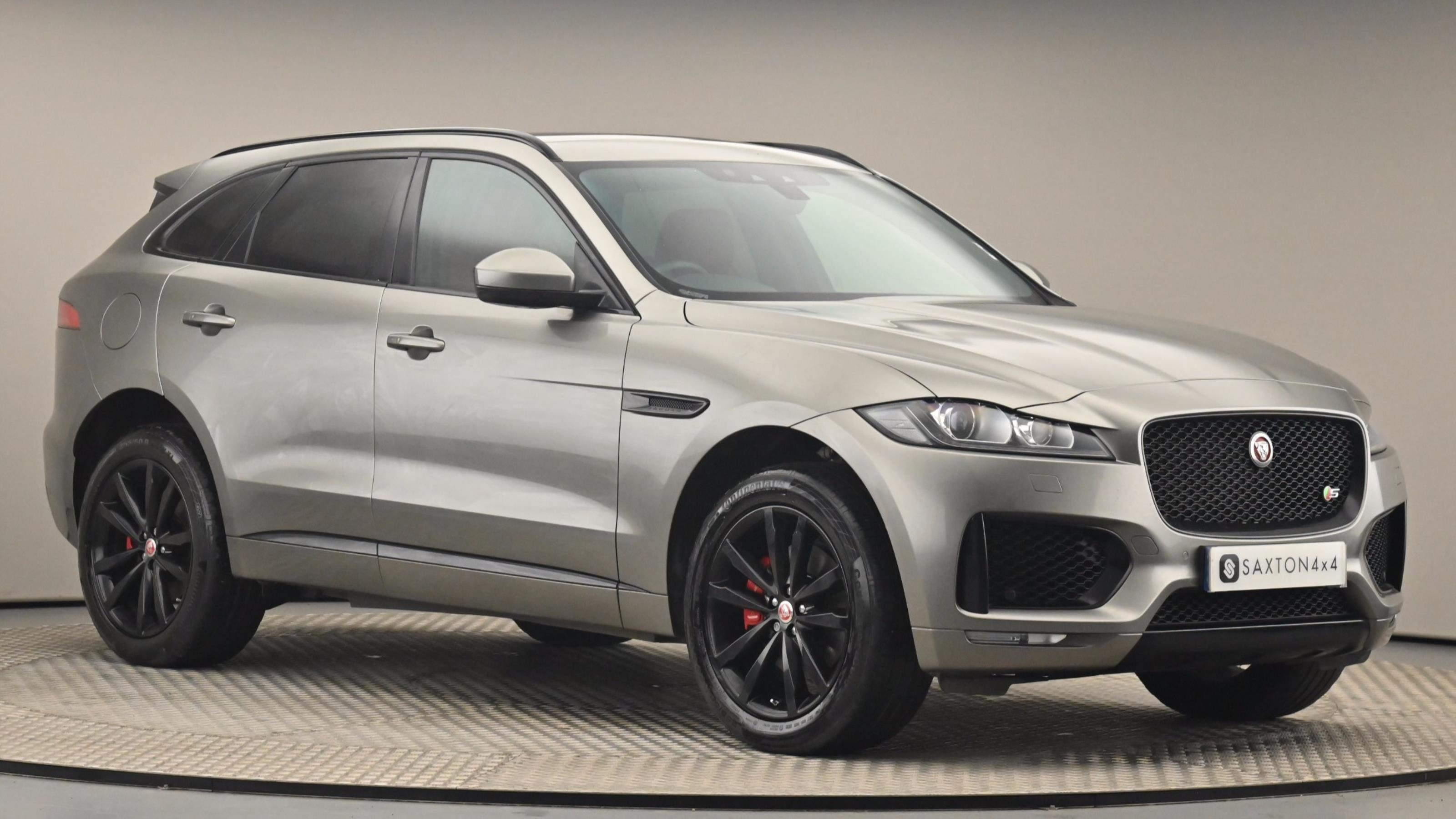 Used 2018 Jaguar F-PACE 3.0d V6 S 5dr Auto AWD SILVER at Saxton4x4