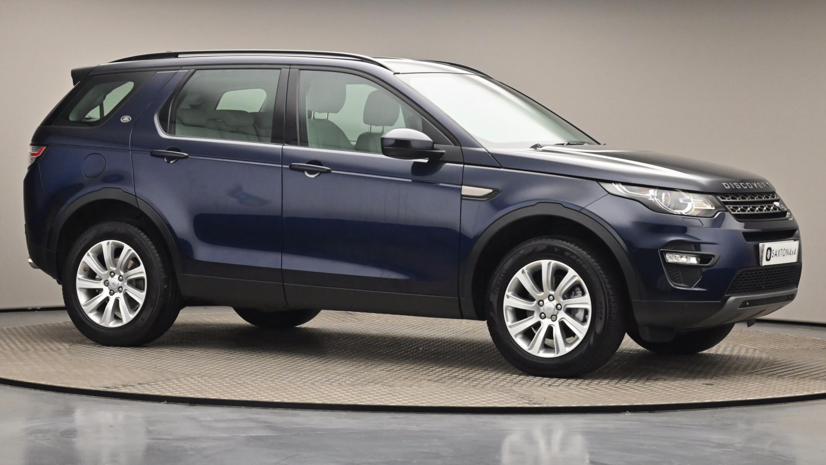 Used 16 Land Rover DISCOVERY SPORT 2.0 TD4 180 SE Tech 5dr Auto BLUE at Saxton4x4
