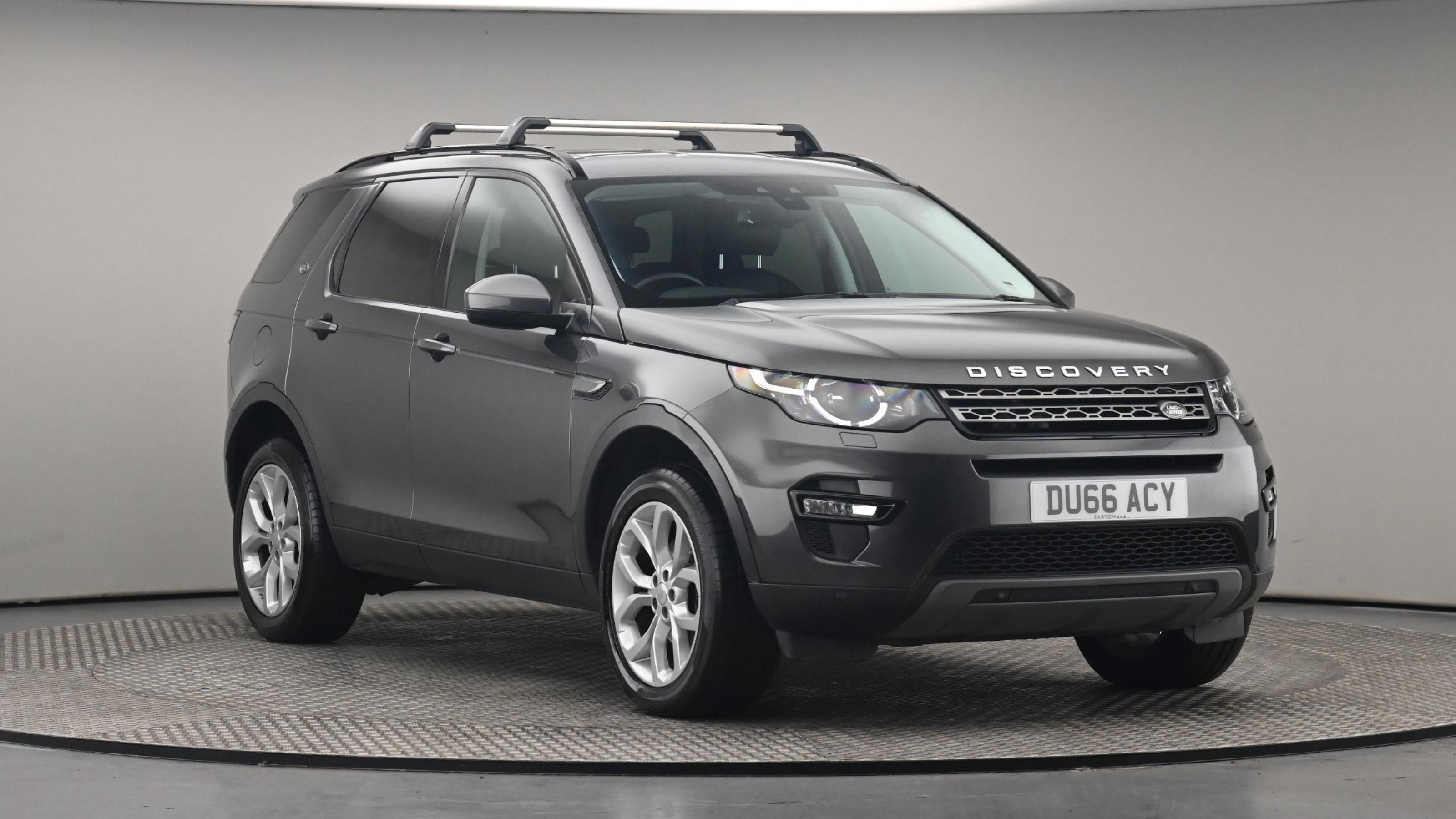 Used 16 Land Rover DISCOVERY SPORT 2.0 TD4 180 SE Tech 5dr Auto Grey at Saxton4x4