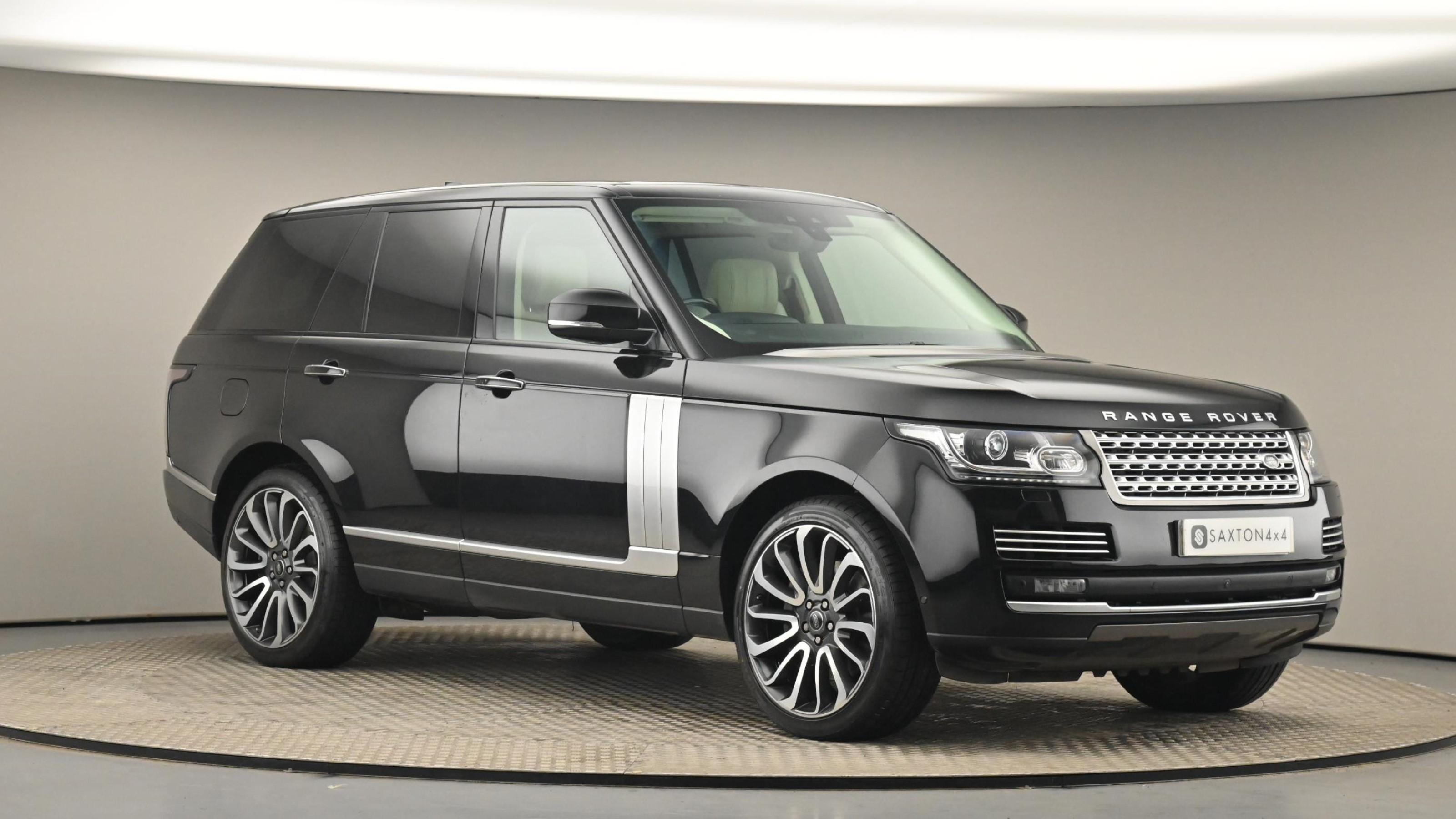 Used 2017 Land Rover RANGE ROVER 4.4 SDV8 Autobiography 4dr Auto BLACK at Saxton4x4