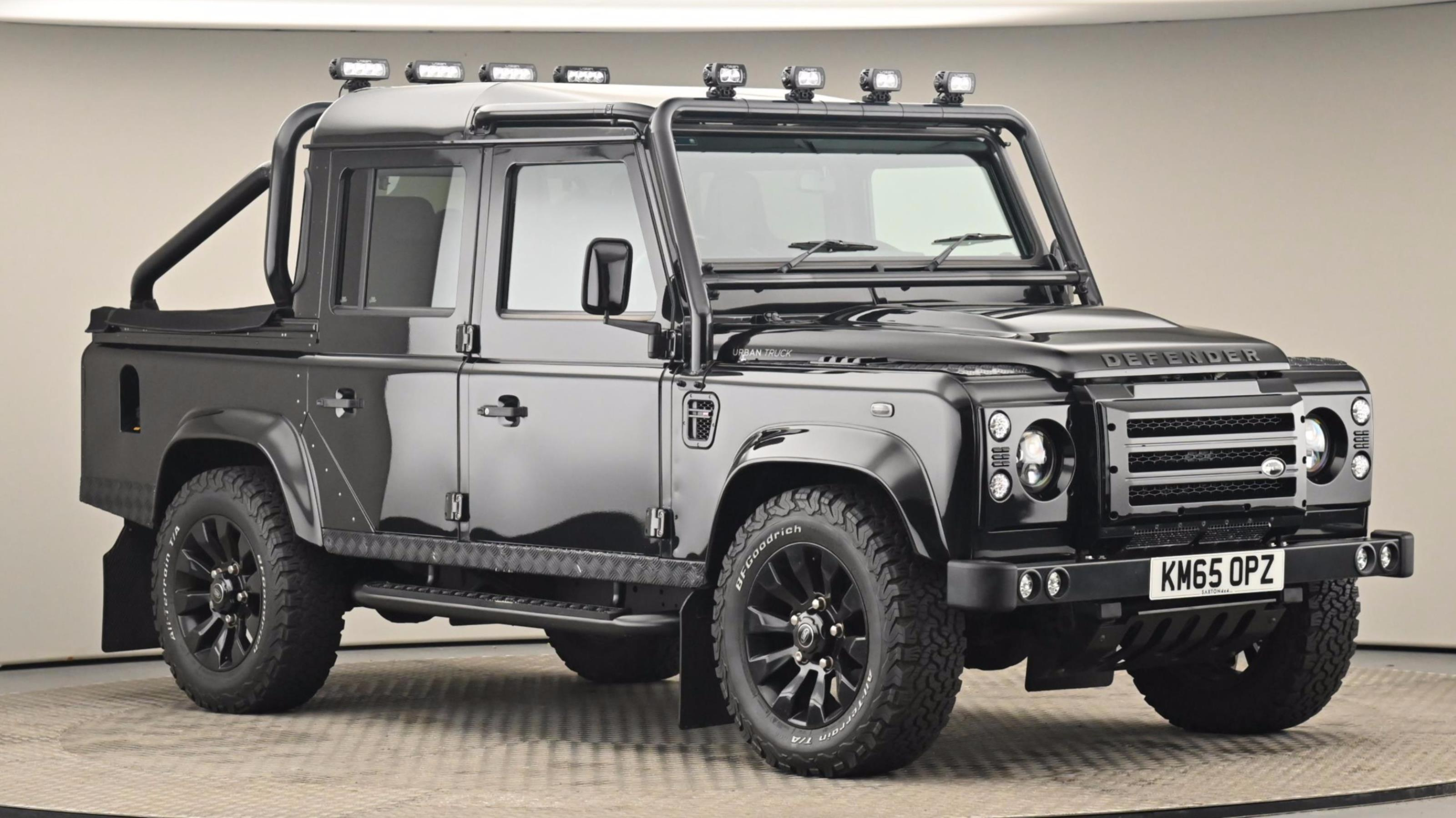 Used 2015 Land Rover DEFENDER 110 Xs Td D/c ~ at Saxton4x4