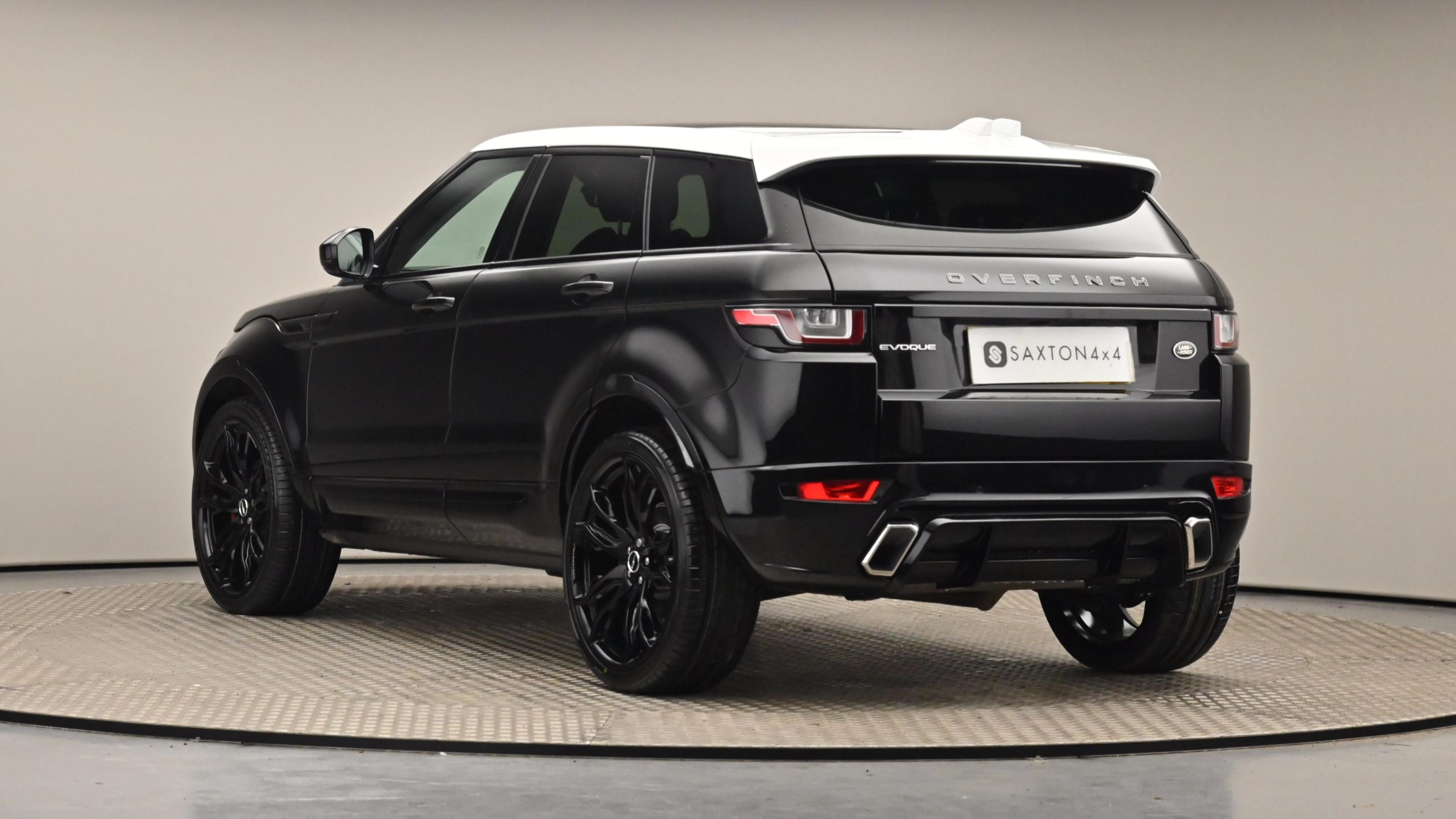 Used 15 Land Rover RANGE ROVER EVOQUE 2.0 TD4 SE Tech 5dr Auto Black at Saxton4x4
