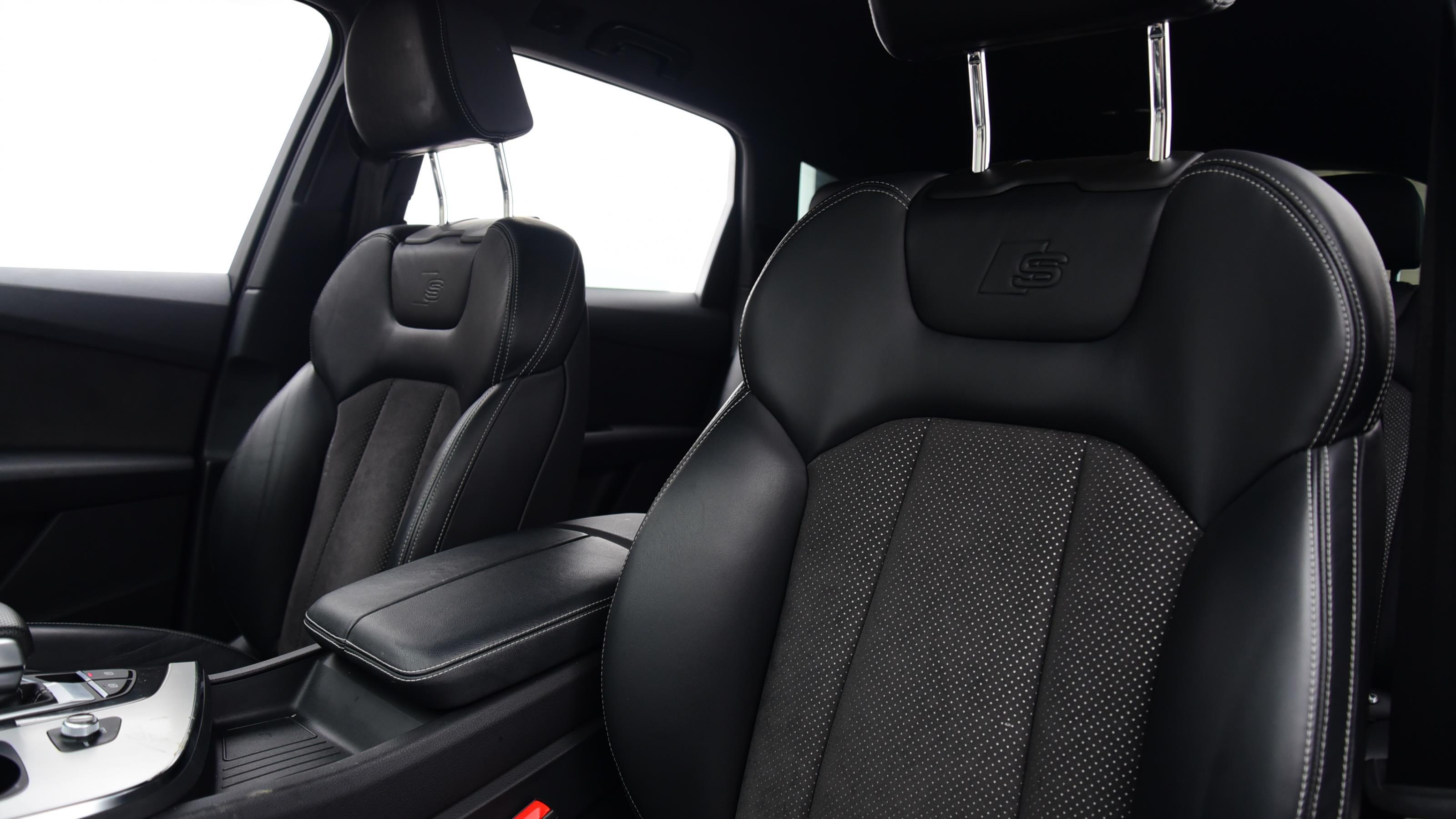 Used 2015 Audi Q7 3.0 TDI Quattro S Line 5dr Tip Auto GREY at Saxton4x4