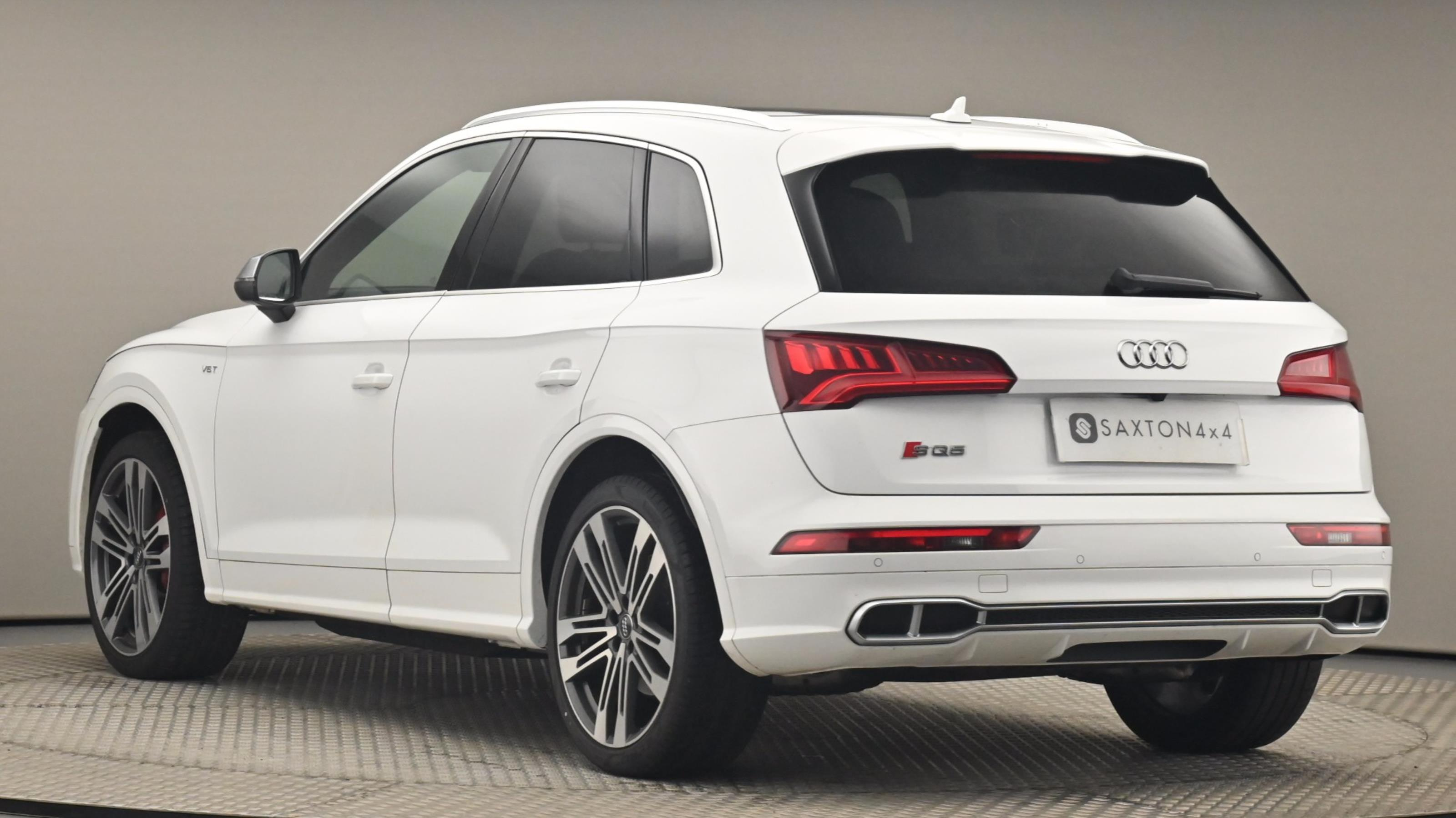 Used 2017 Audi Q5 SQ5 Quattro 5dr Tip Auto WHITE at Saxton4x4