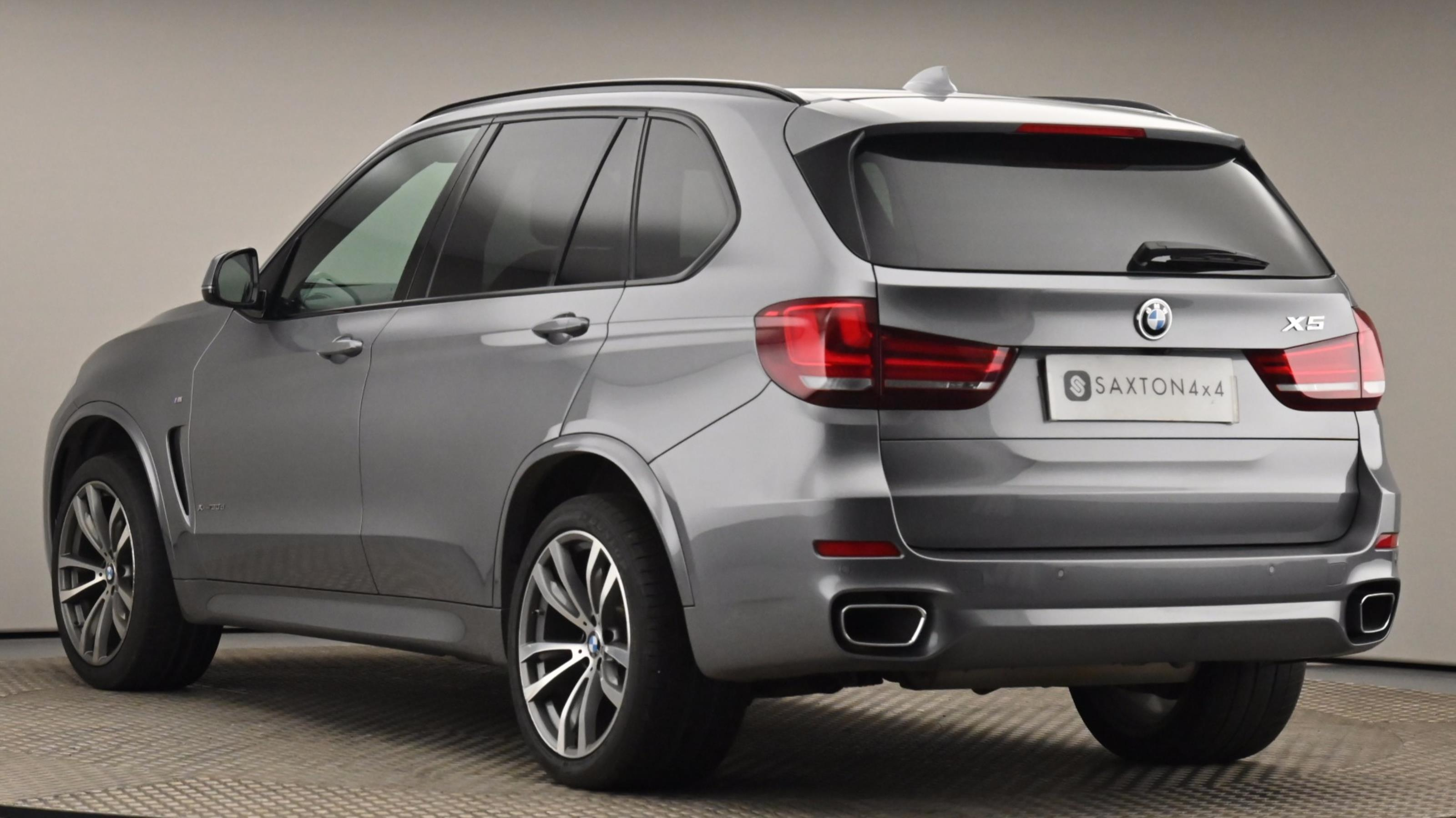 Used 2017 BMW X5 xDrive30d M Sport 5dr Auto [7 Seat] GREY at Saxton4x4