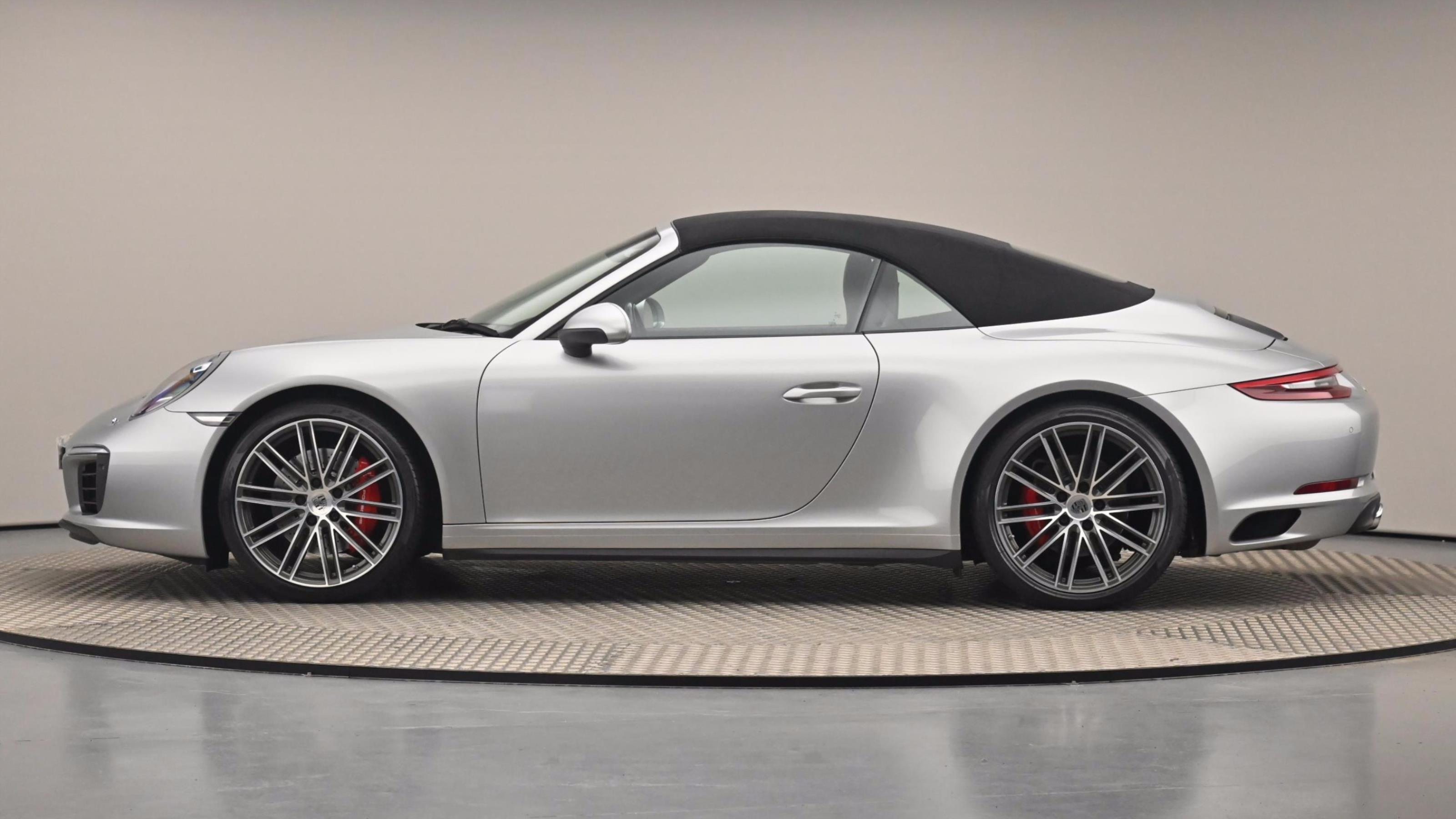 Used 18 Porsche 911 S 2dr PDK SILVER at Saxton4x4