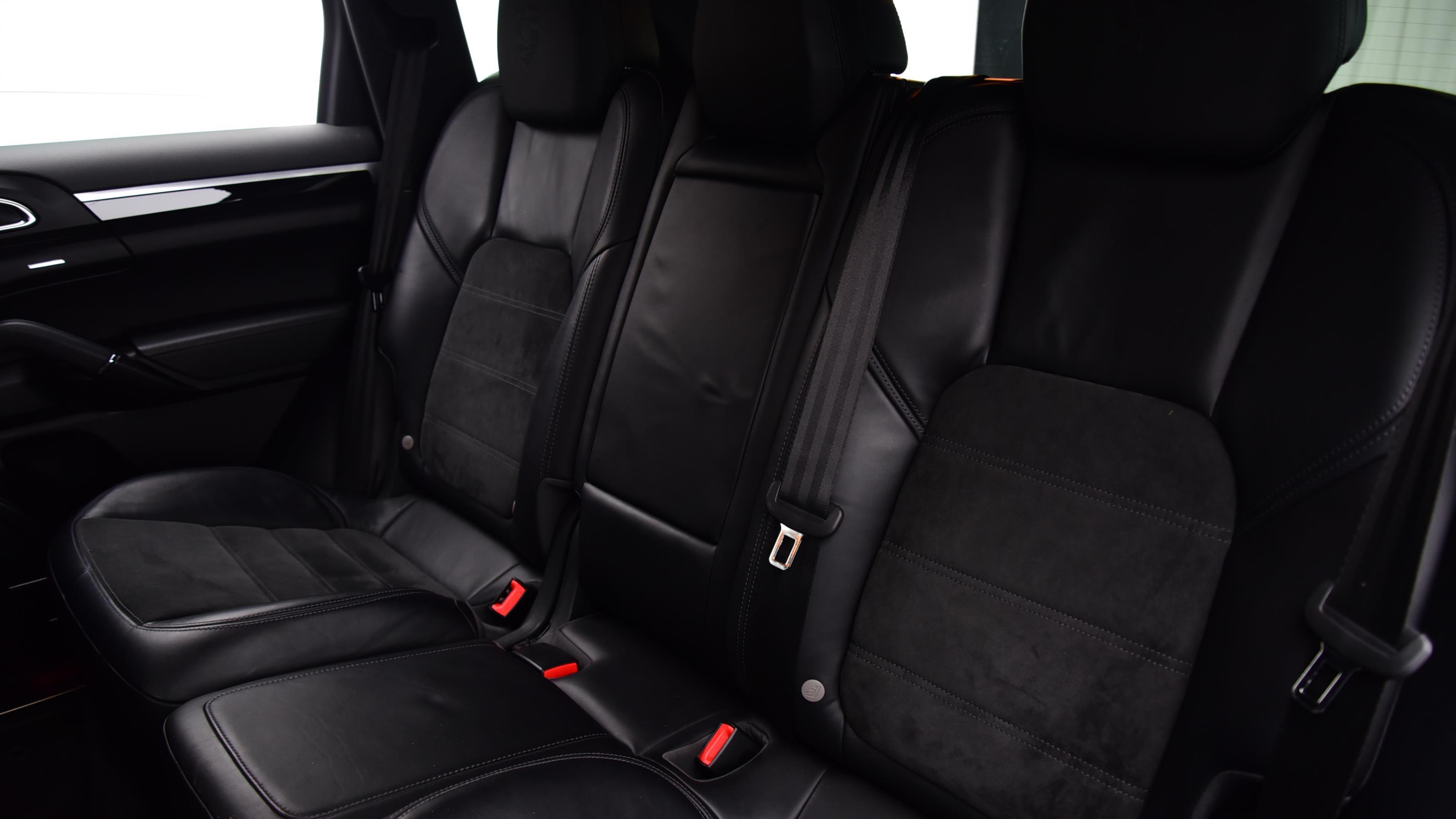 Used 2016 Porsche CAYENNE Platinum Edition Diesel 5dr Tiptronic S BLACK at Saxton4x4