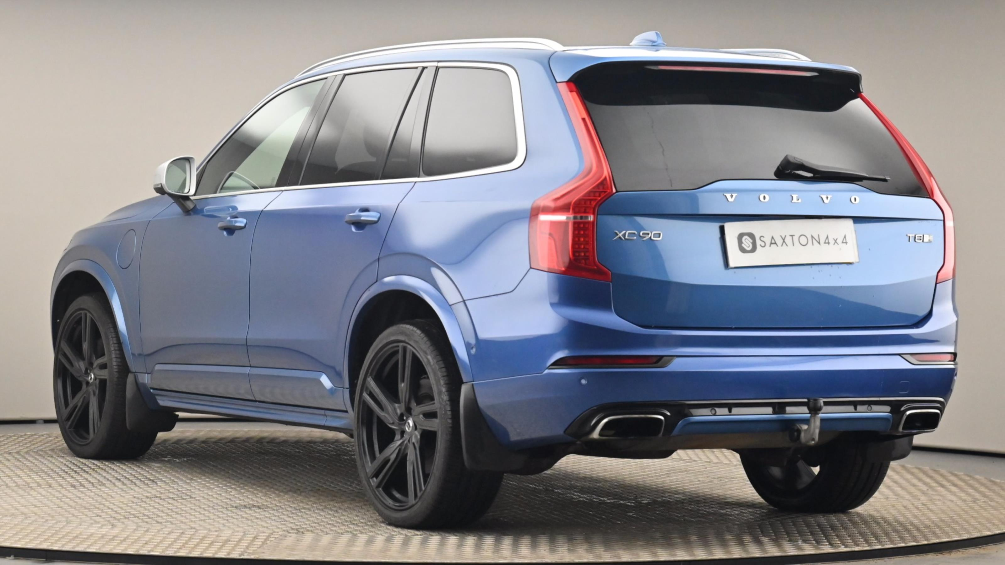 Used 2017 Volvo XC90 2.0 T8 Hybrid R DESIGN 5dr Geartronic BLUE at Saxton4x4