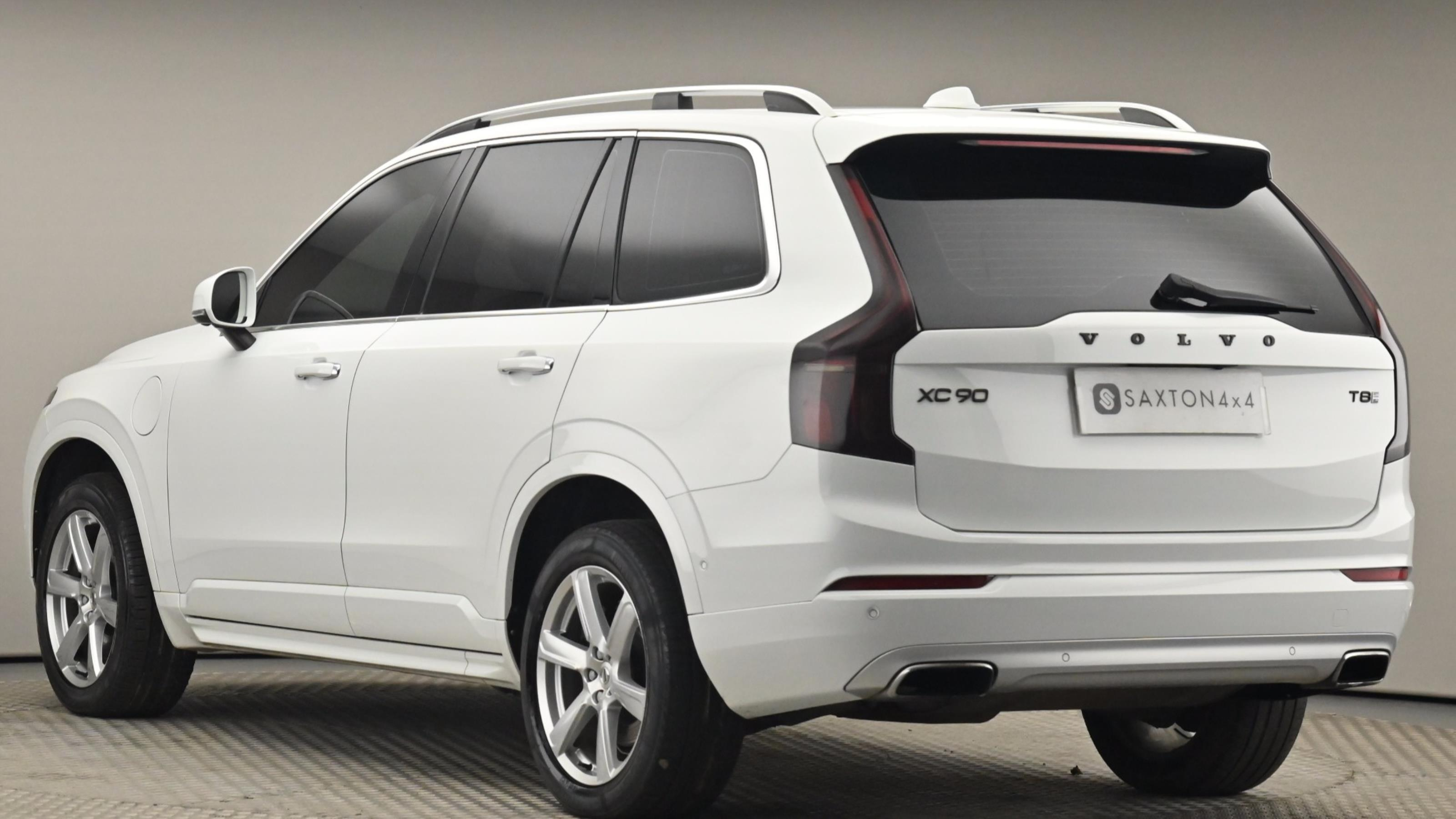 Used 2017 Volvo XC90 2.0 T8 Hybrid Momentum 5dr Geartronic WHITE at Saxton4x4
