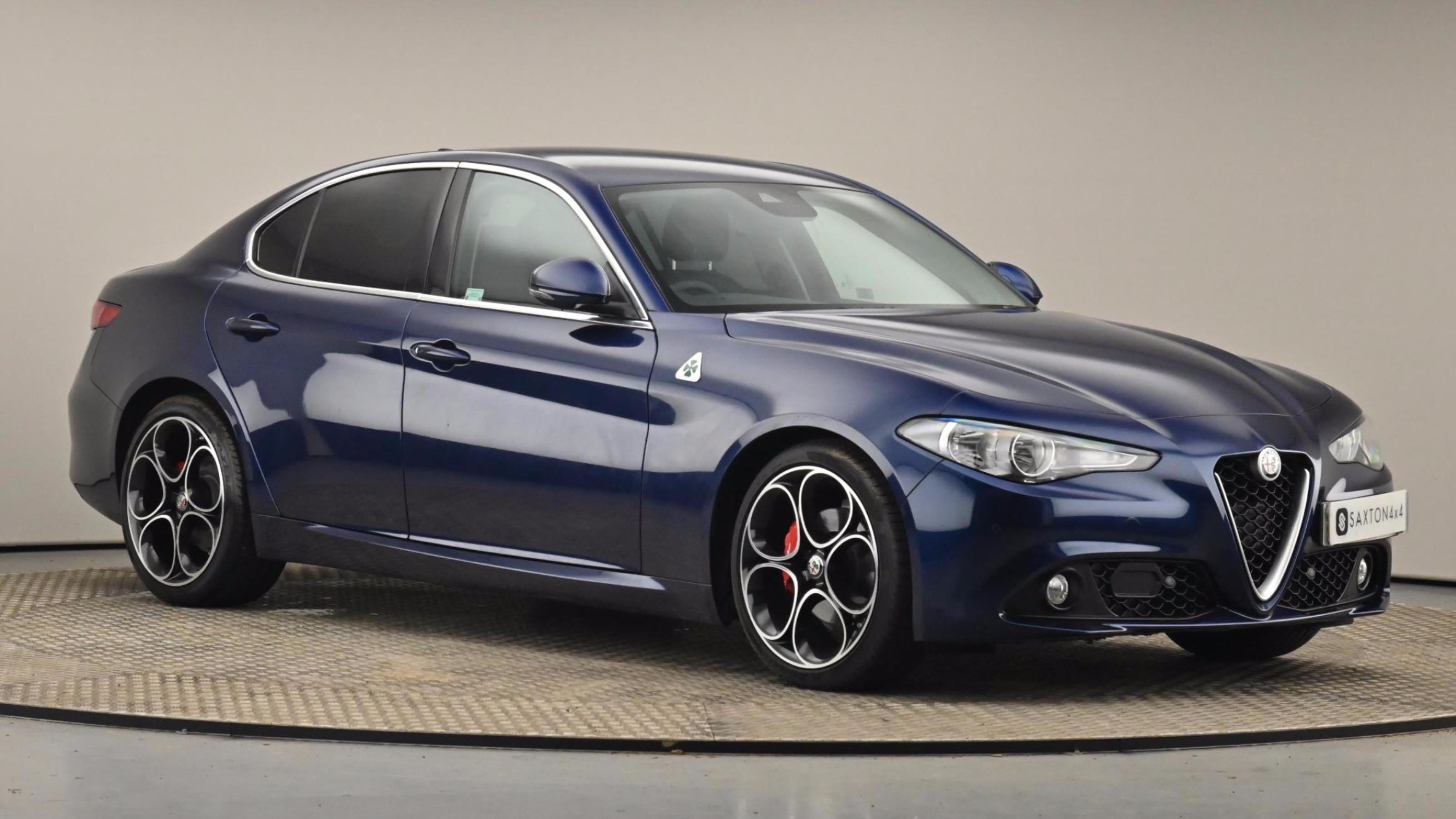 Used 2018 Alfa Romeo GIULIA 2.2 JTDM-2 Tecnica 4dr Auto BLUE at Saxton4x4