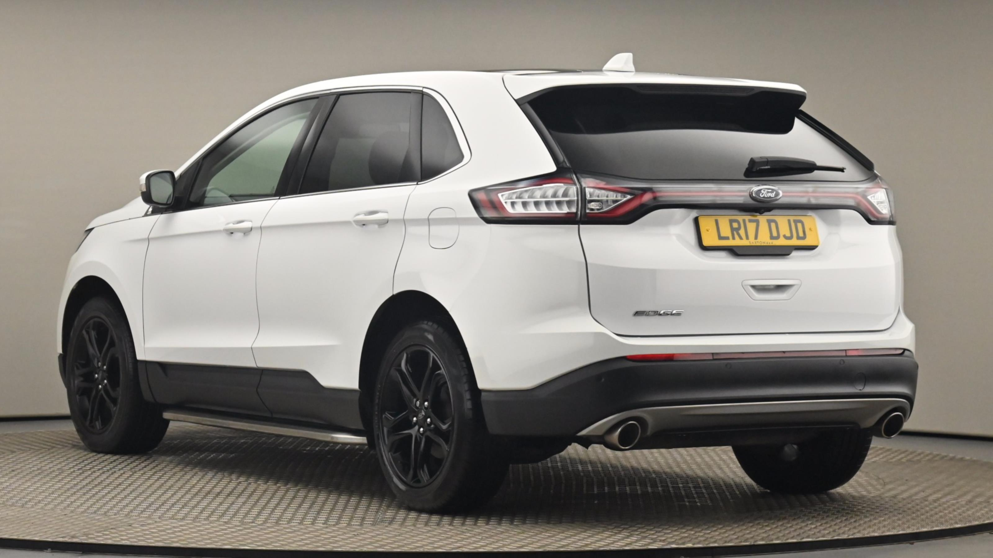 Used 2017 Ford EDGE 2.0 TDCi 180 Titanium 5dr WHITE at Saxton4x4