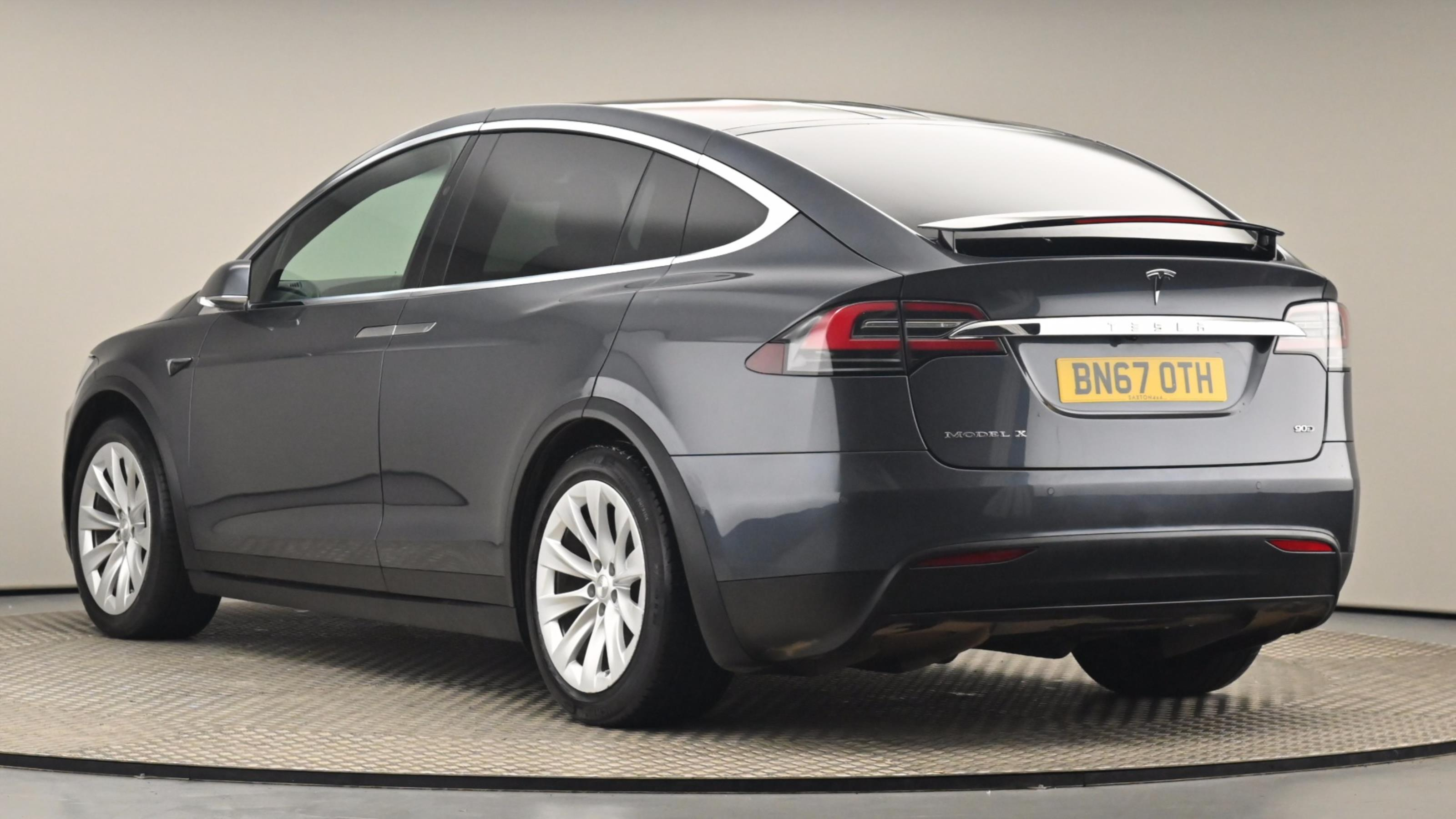 Used 2017 Tesla MODEL X 306kW 90kWh Dual Motor 5dr SILVER at Saxton4x4