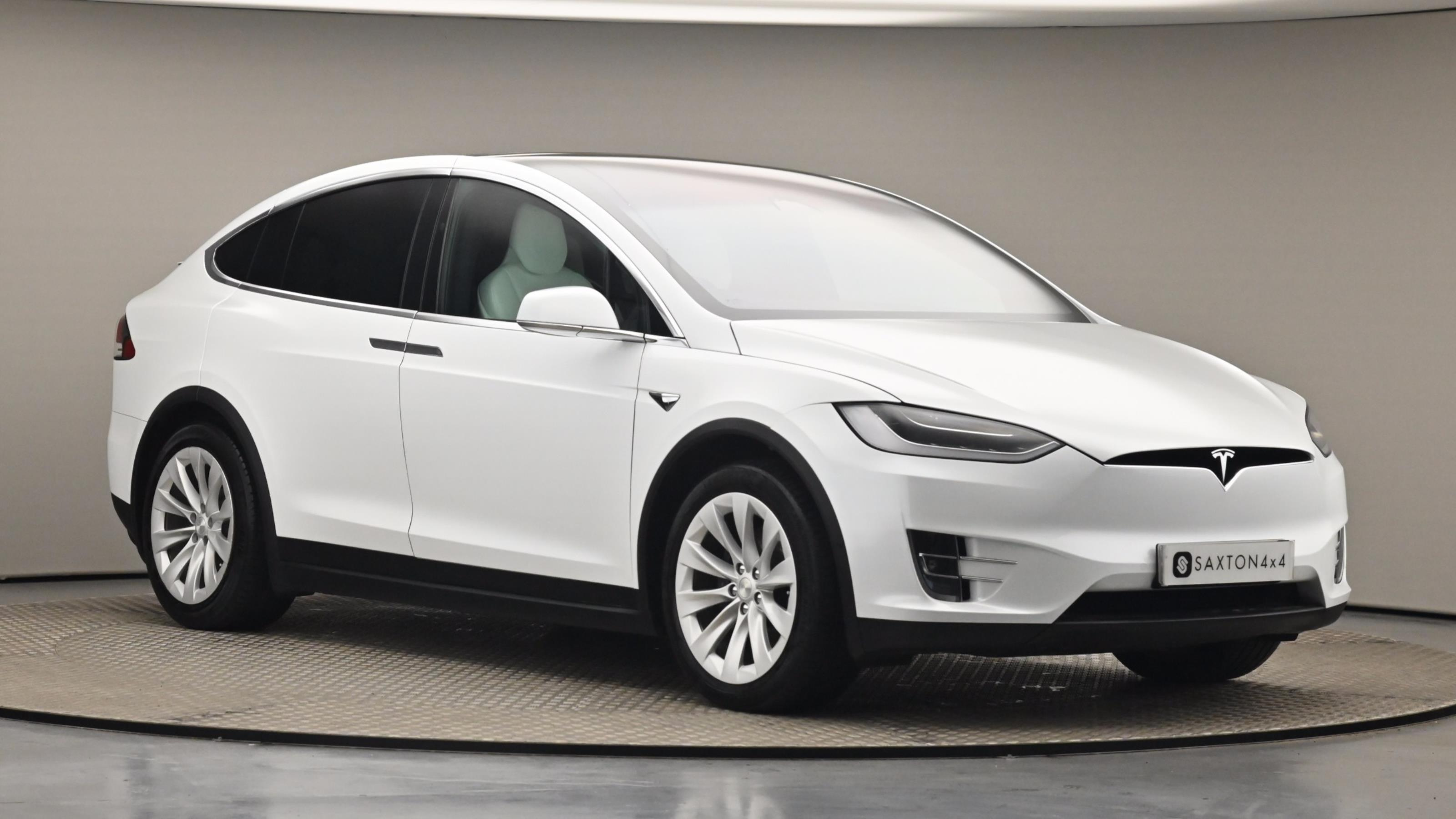 Used 2018 Tesla MODEL X 449kW 100kWh Dual Motor 5dr Auto White at Saxton4x4
