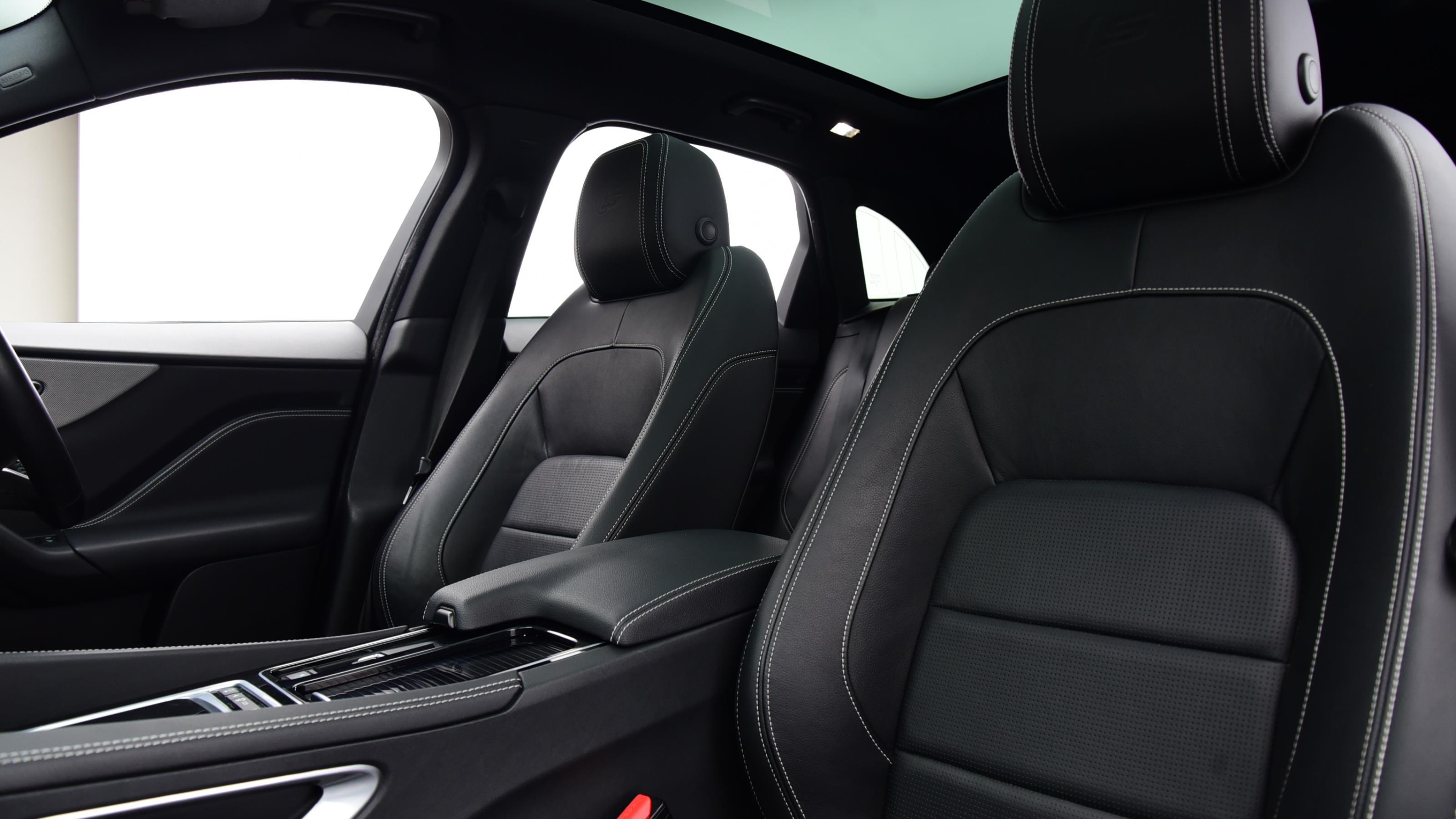 Used 2016 Jaguar F-PACE 3.0d V6 S 5dr Auto AWD BLACK at Saxton4x4