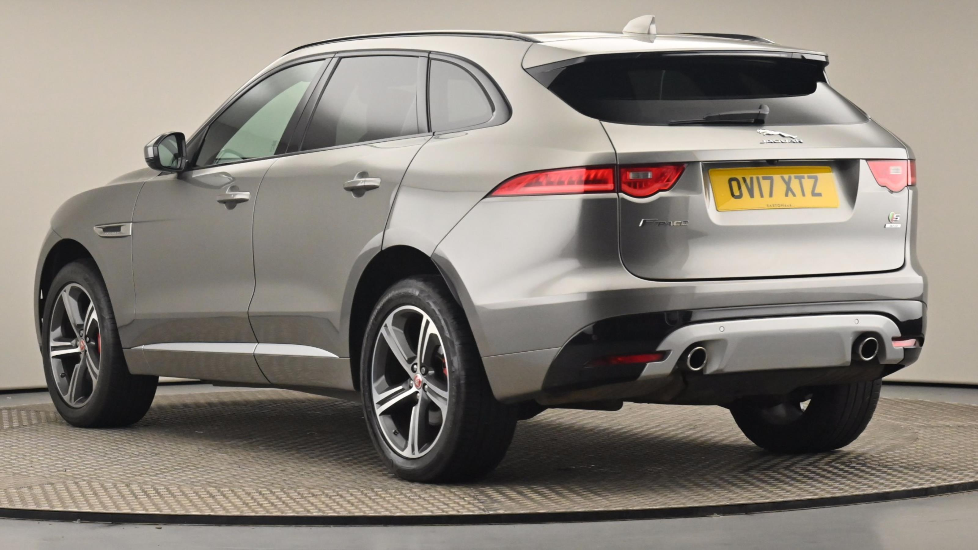Used 2017 Jaguar F-PACE 3.0d V6 S 5dr Auto AWD SILVER at Saxton4x4