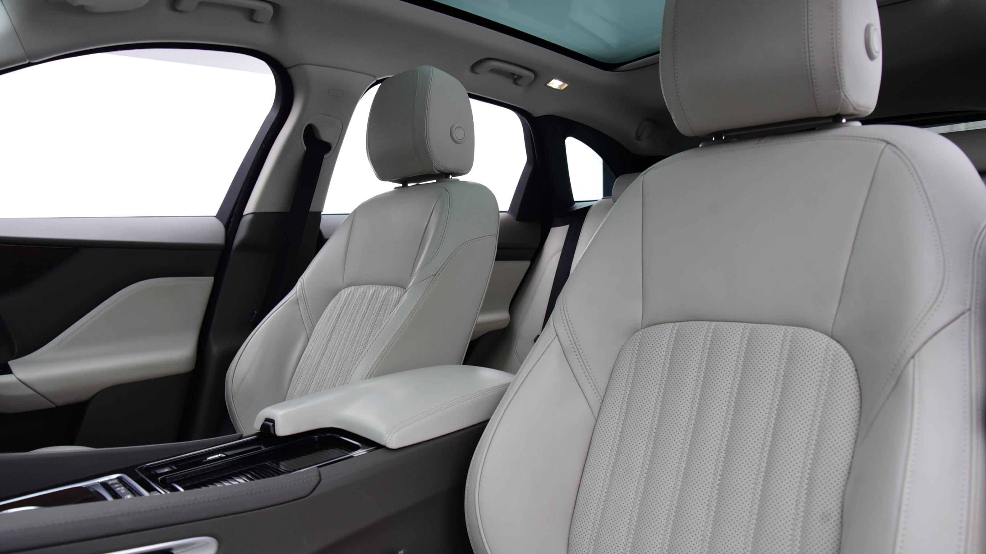 Used 2018 Jaguar F-PACE 2.0d Portfolio 5dr Auto AWD BLUE at Saxton4x4