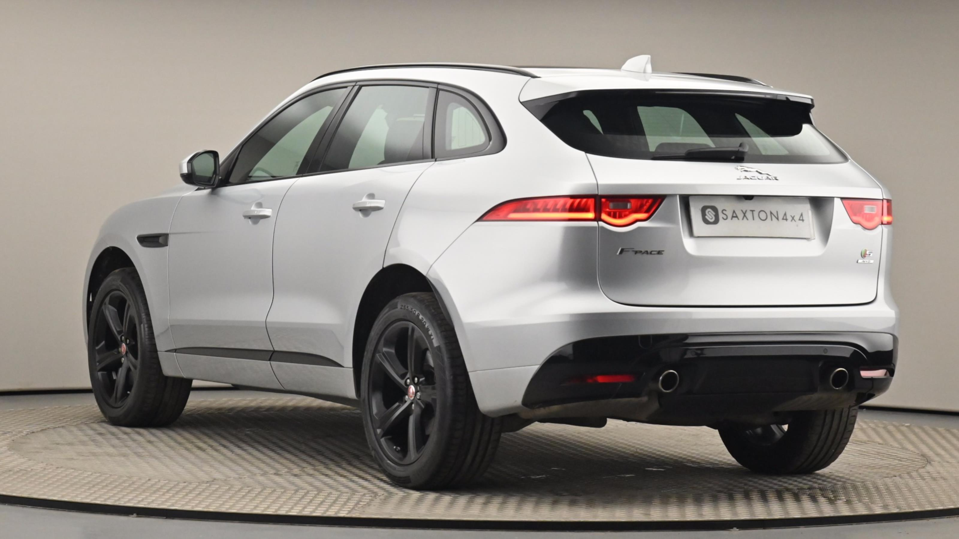 Used 2017 Jaguar F-PACE 3.0 Supercharged V6 S 5dr Auto AWD SILVER at Saxton4x4