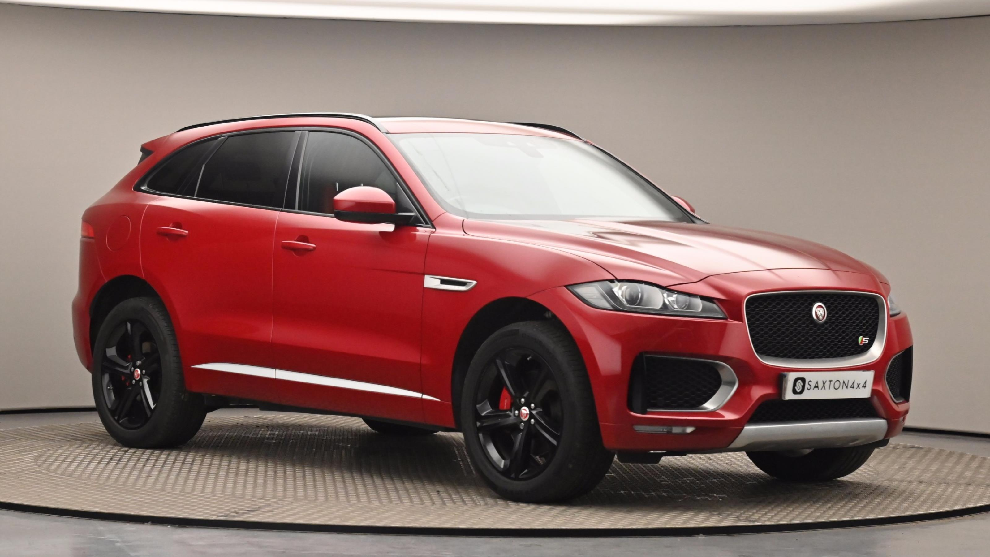 Used 2017 Jaguar F-PACE 3.0 Supercharged V6 S 5dr Auto AWD Red at Saxton4x4