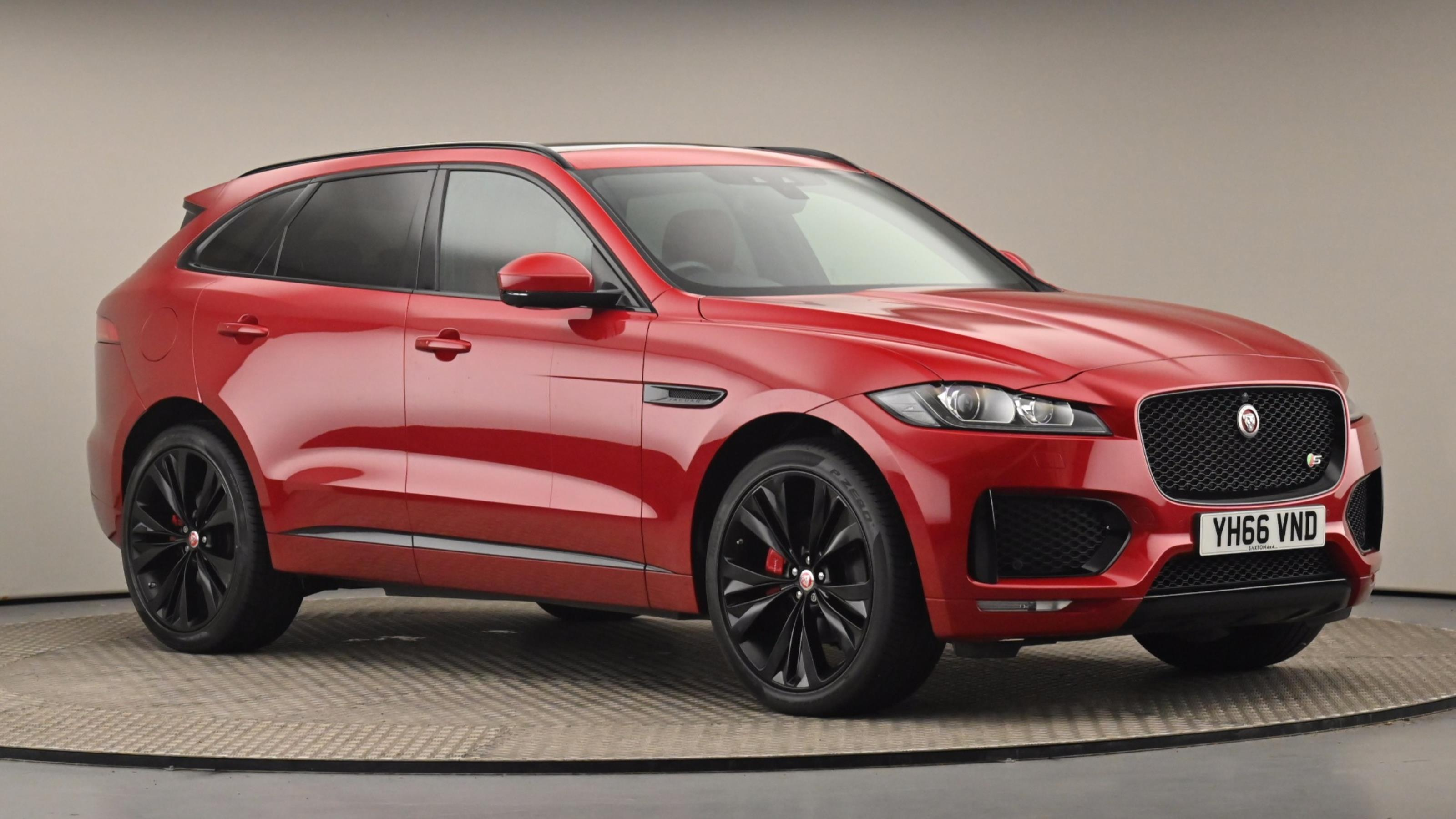 Used 2016 Jaguar F-PACE 3.0 Supercharged V6 S 5dr Auto AWD RED at Saxton4x4