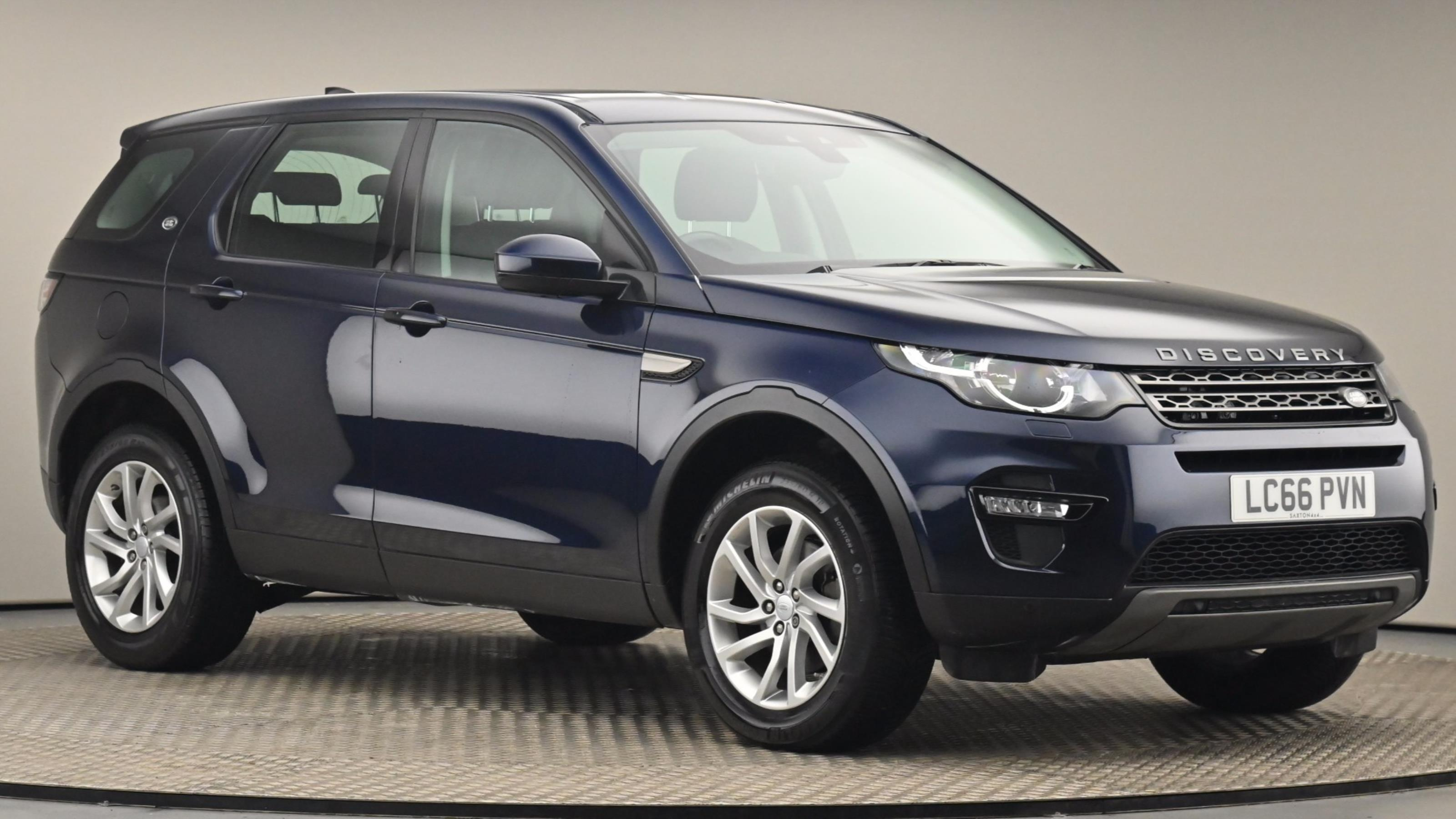 Used 2016 Land Rover DISCOVERY SPORT 2.0 TD4 180 SE Tech 5dr Auto BLUE at Saxton4x4