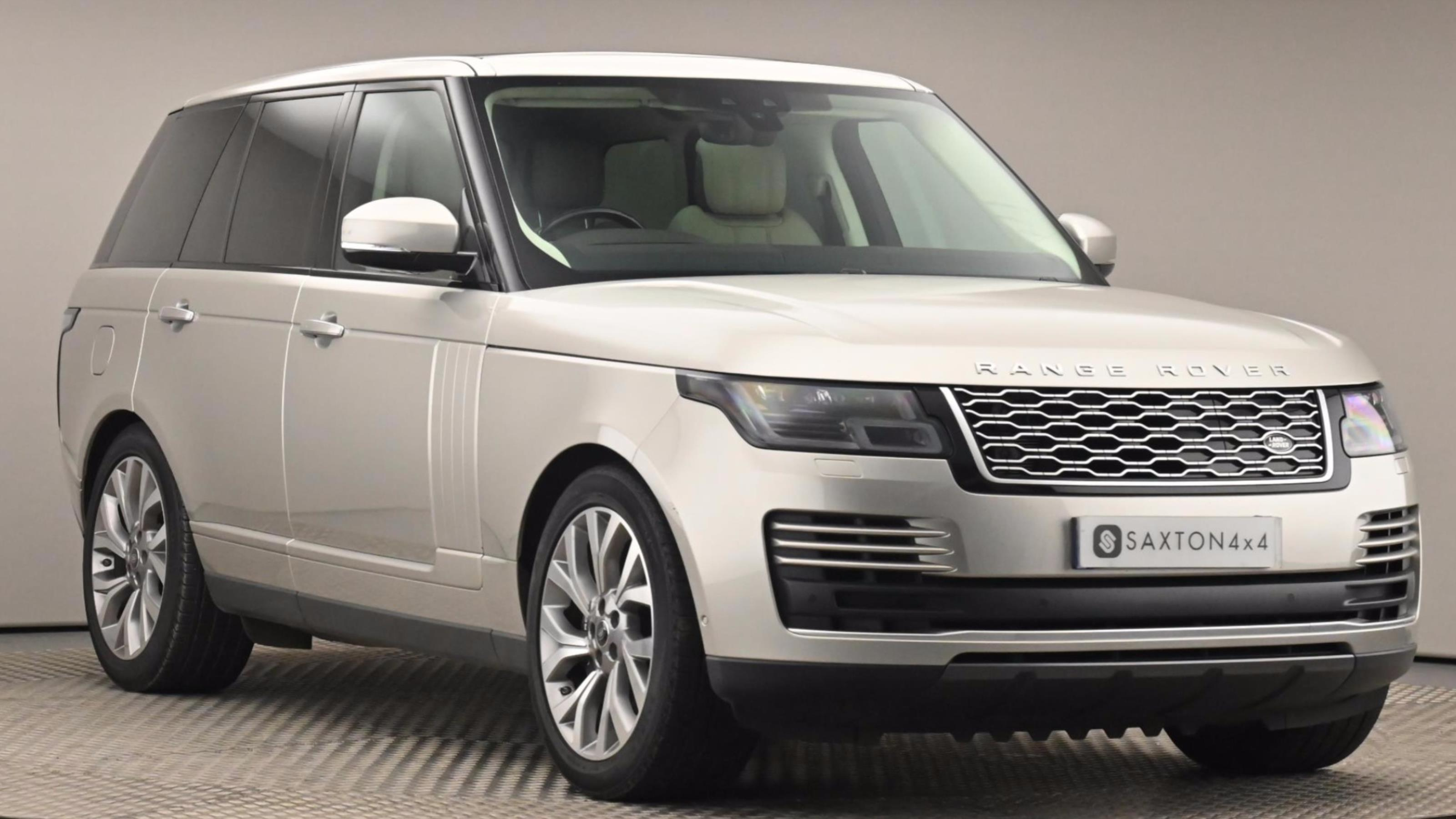 Used 2018 Land Rover RANGE ROVER 2.0 P400e Vogue SE 4dr Auto ~ at Saxton4x4