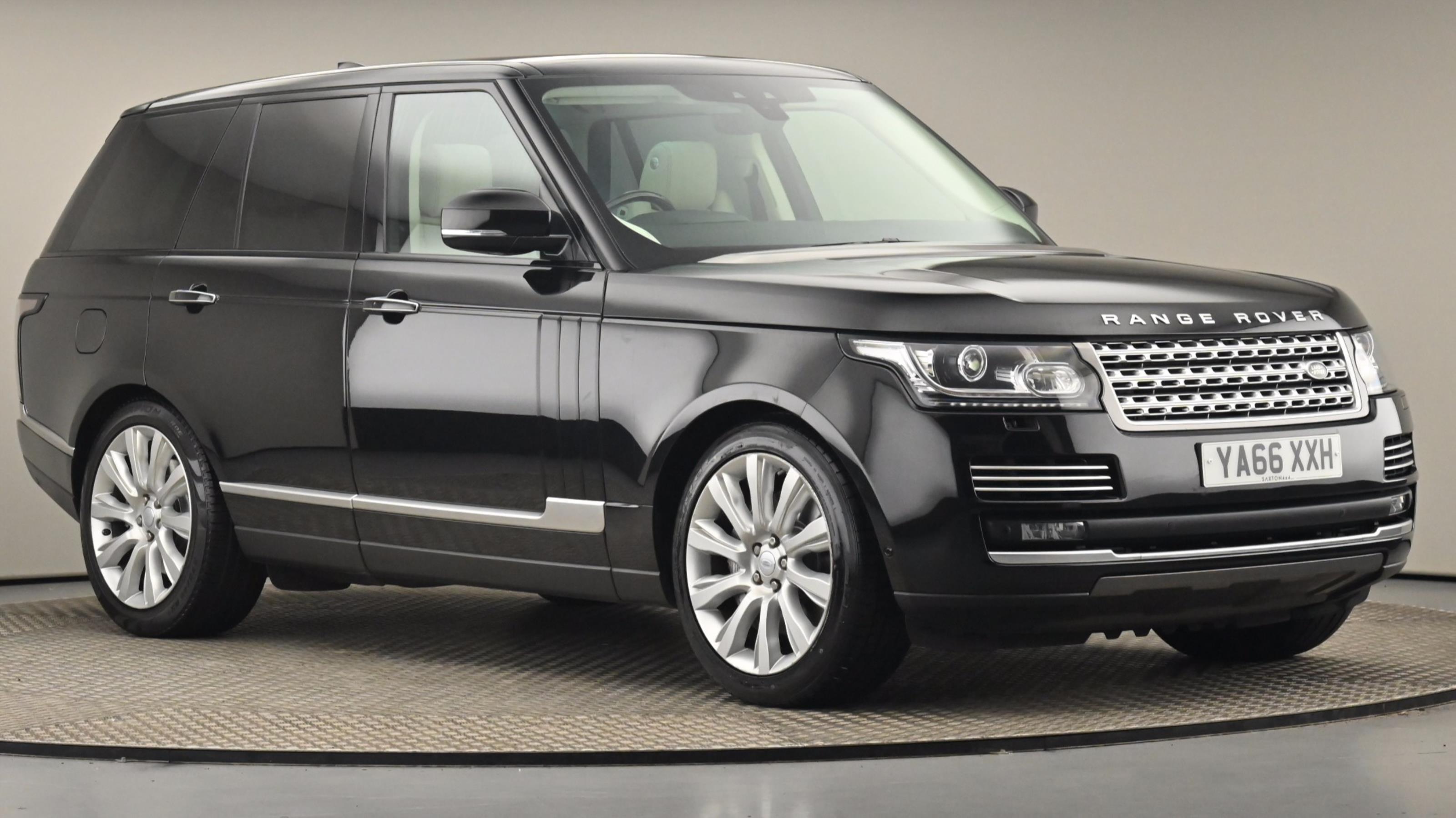 Used 2016 Land Rover RANGE ROVER 4.4 SDV8 Vogue SE 4dr Auto at Saxton4x4