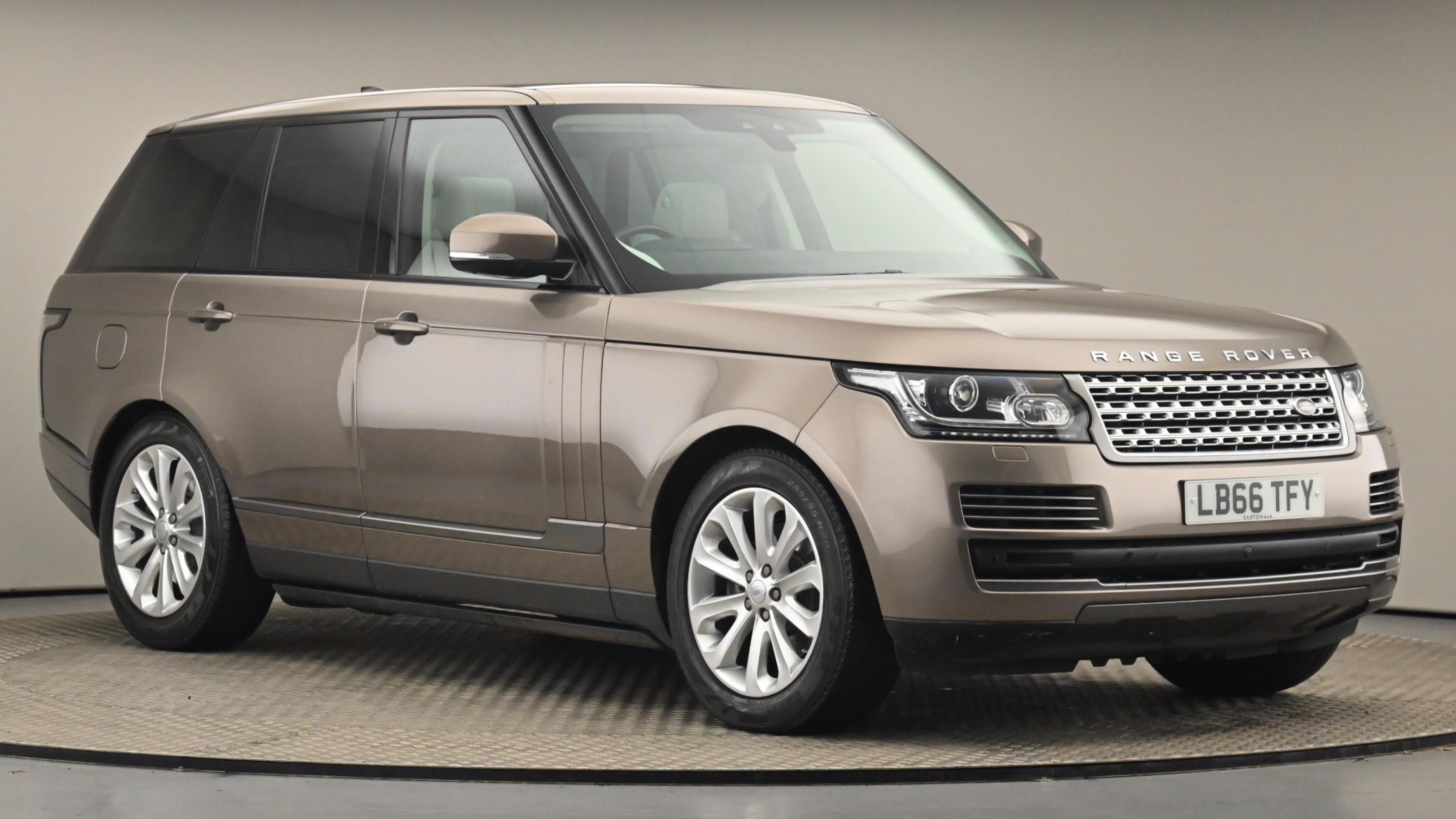 Used 2017 Land Rover RANGE ROVER 3.0 TDV6 Vogue 4dr Auto at Saxton4x4
