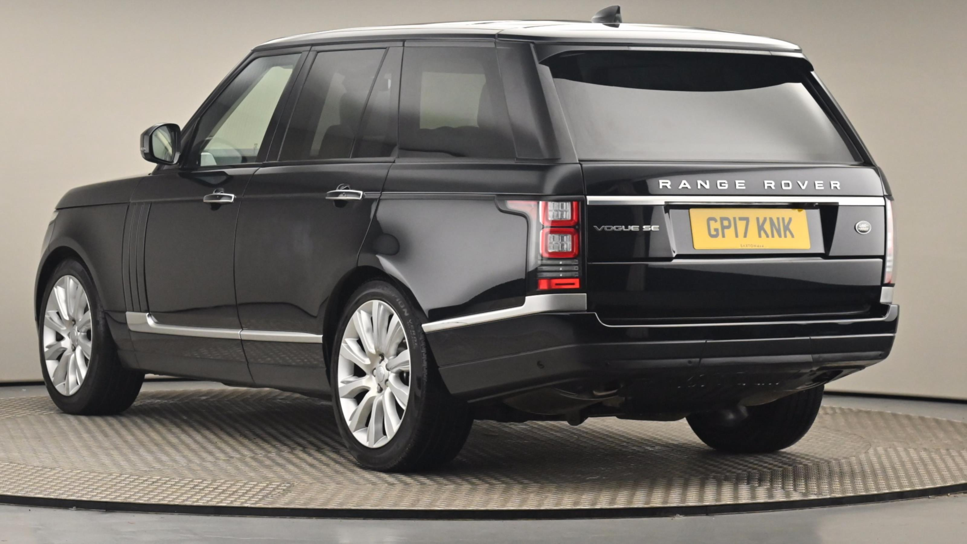 Used 2017 Land Rover RANGE ROVER 3.0 TDV6 Vogue SE 4dr Auto BLACK at Saxton4x4