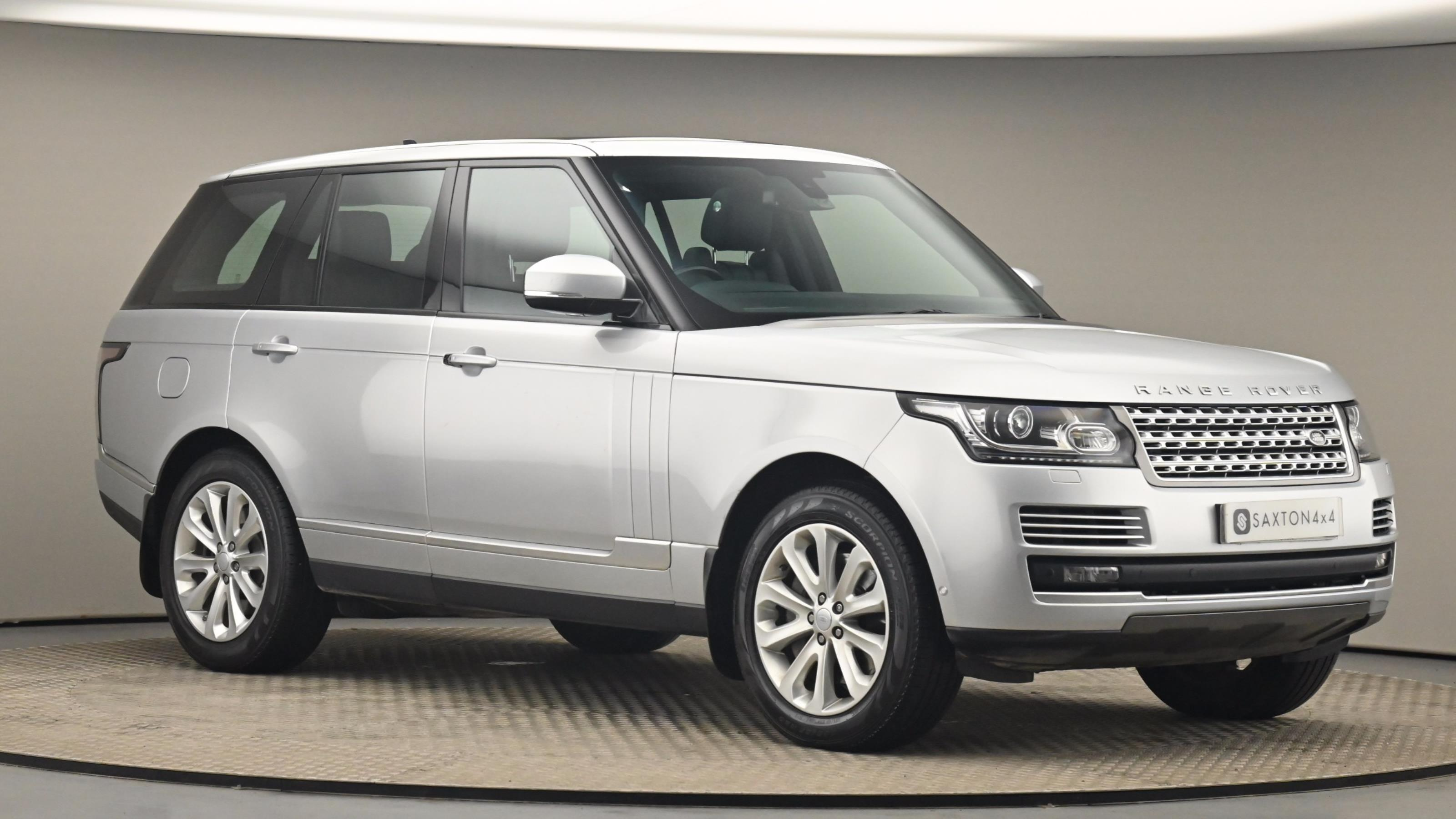 Used 2016 Land Rover RANGE ROVER 4.4 SDV8 Vogue 4dr Auto at Saxton4x4