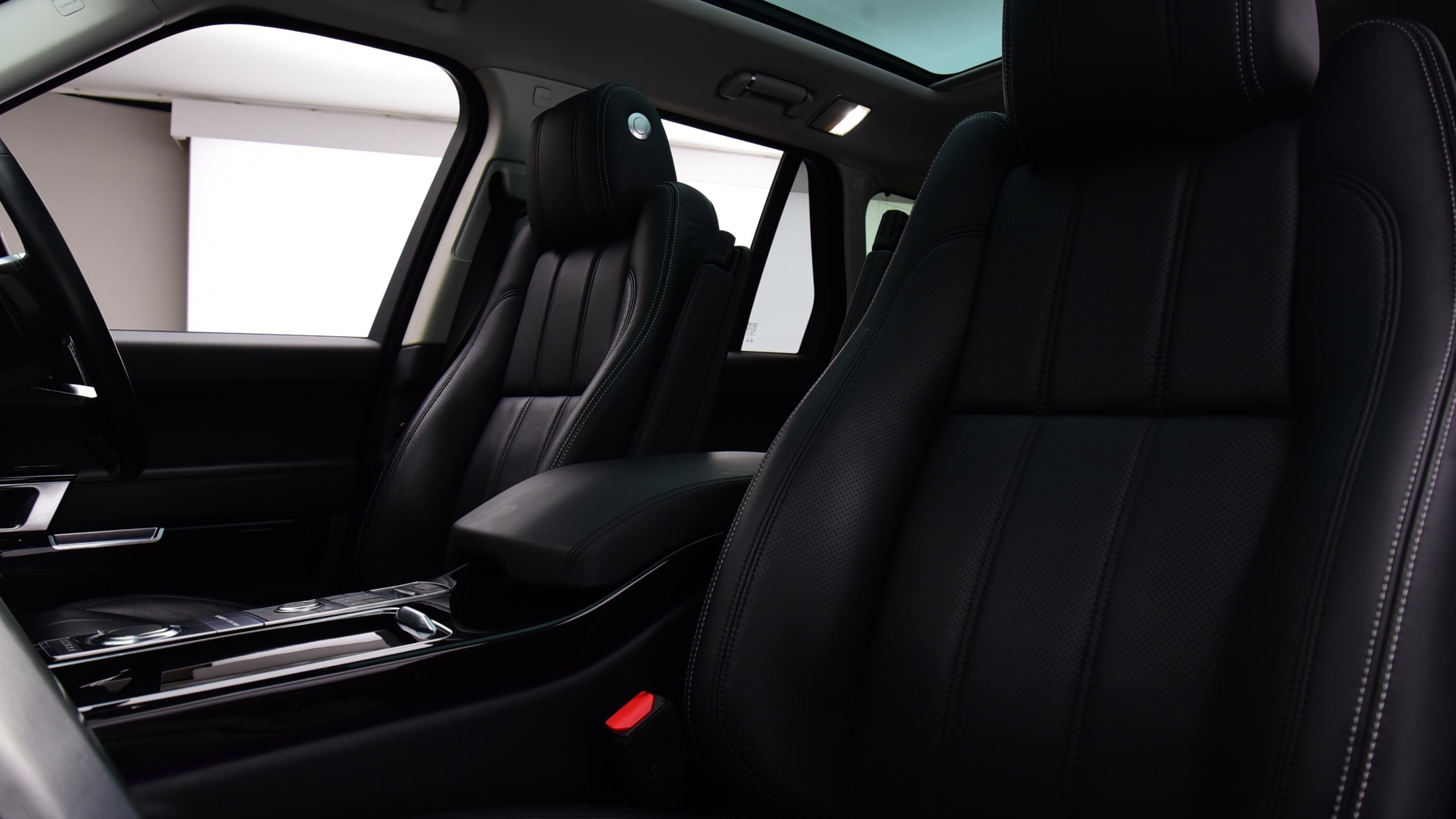 Used 2016 Land Rover RANGE ROVER 3.0 TDV6 Vogue SE 4dr Auto WHITE at Saxton4x4