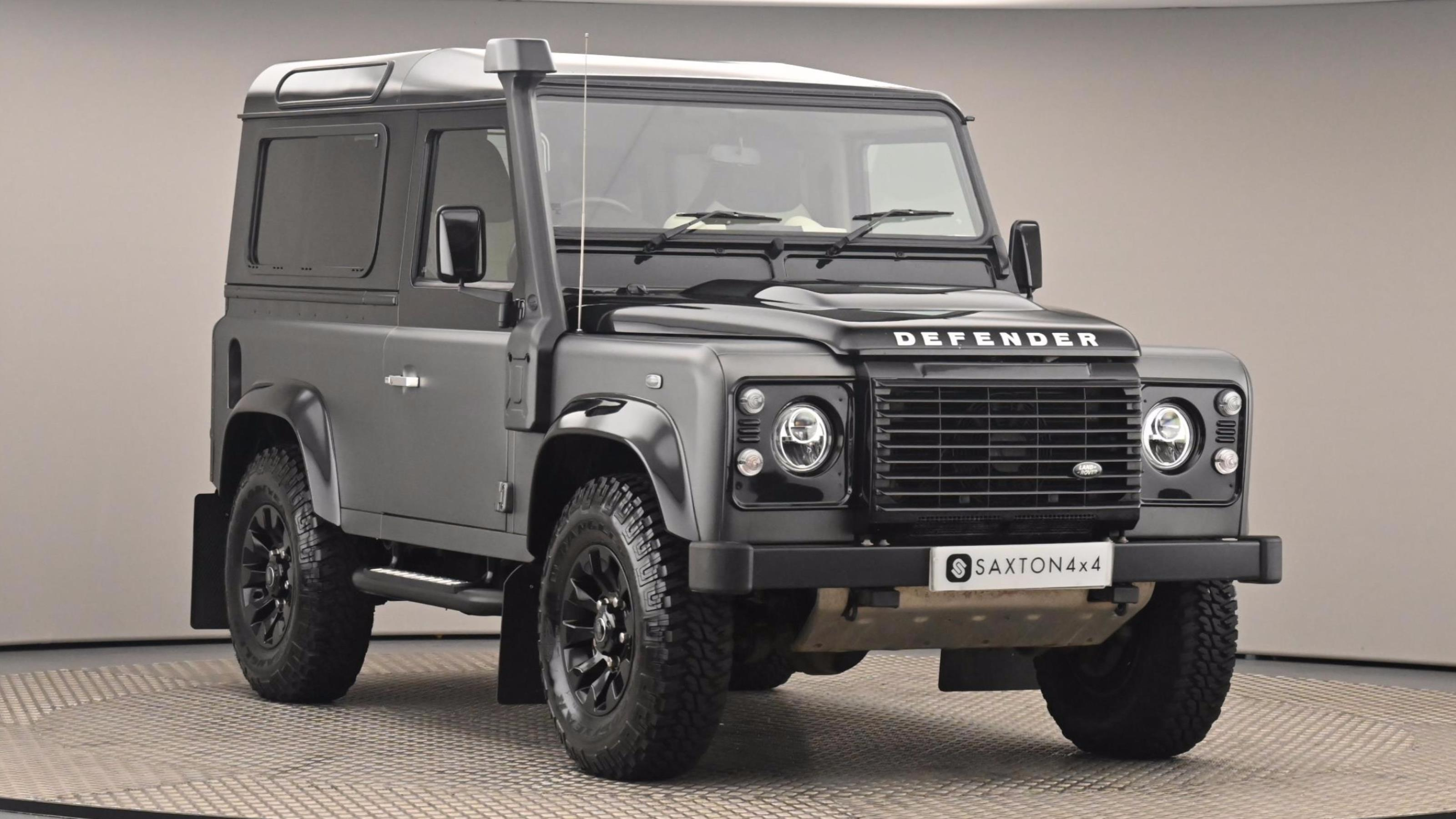 Used 2016 LAND ROVER DEFENDER  90 SWB  SPECIAL EDITIONS Autobiography Station Wagon TDCi [2.2] 150 BLACK at Saxton4x4