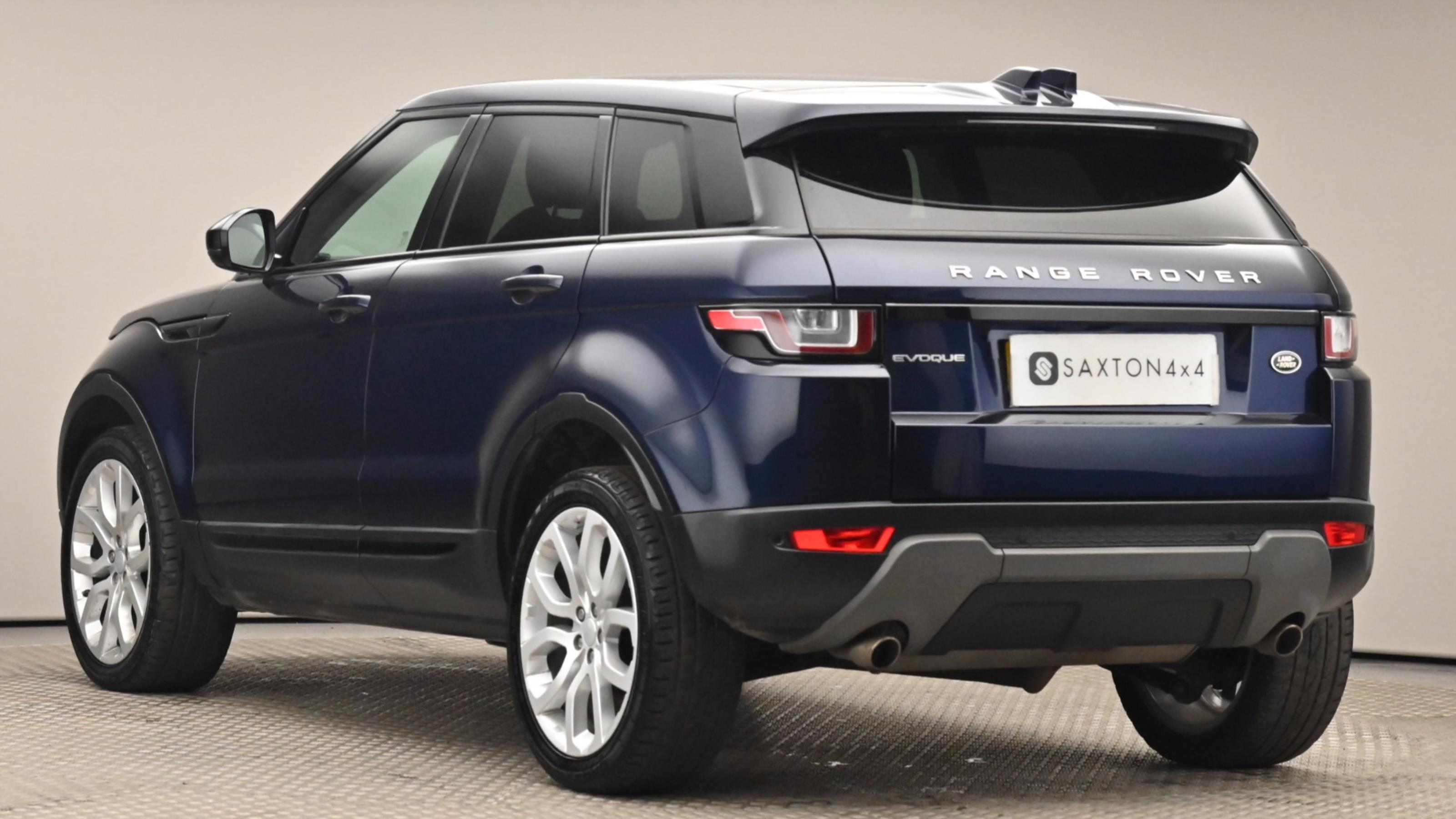 Used 2016 Land Rover RANGE ROVER EVOQUE 2.0 TD4 SE Tech 5dr Auto BLUE at Saxton4x4