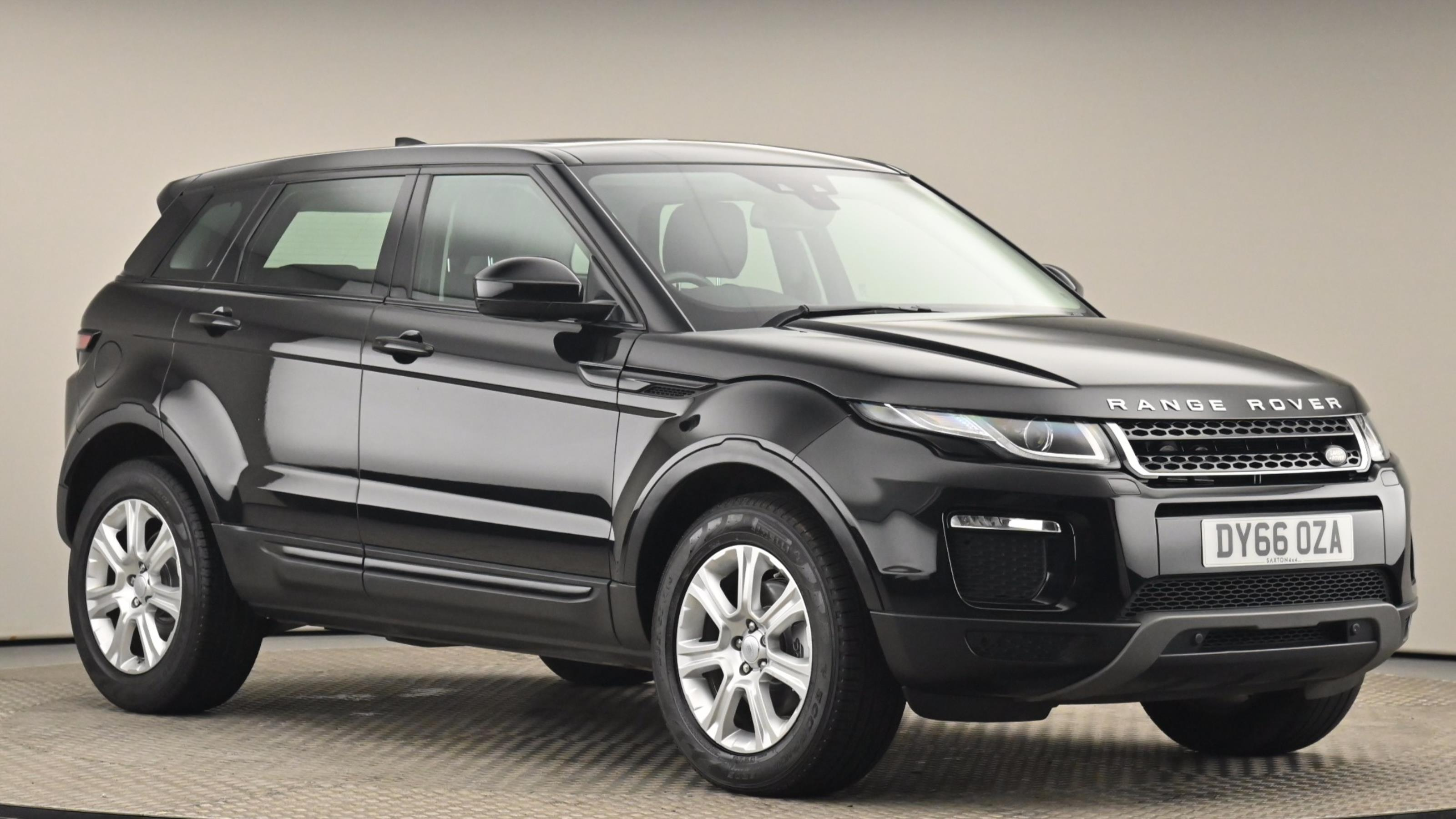 Used 2016 Land Rover RANGE ROVER EVOQUE 2.0 TD4 SE Tech 5dr Auto BLACK at Saxton4x4