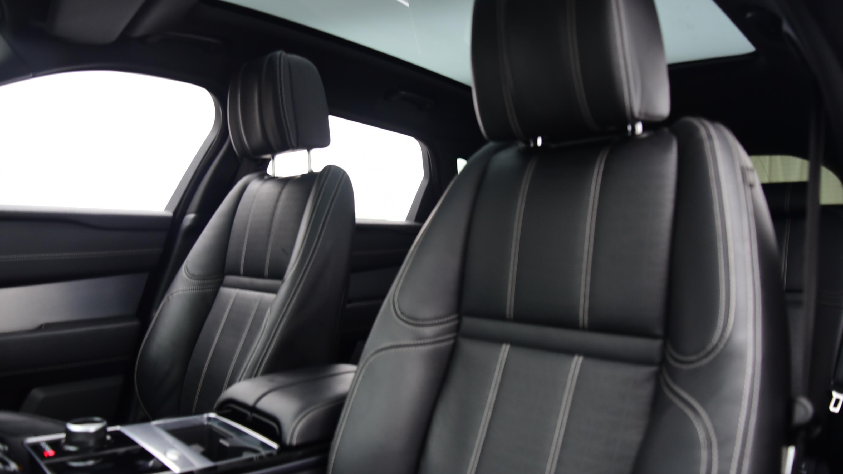 Used 2017 Land Rover RANGE ROVER VELAR 3.0 D300 R-Dynamic HSE 5dr Auto BLACK at Saxton4x4