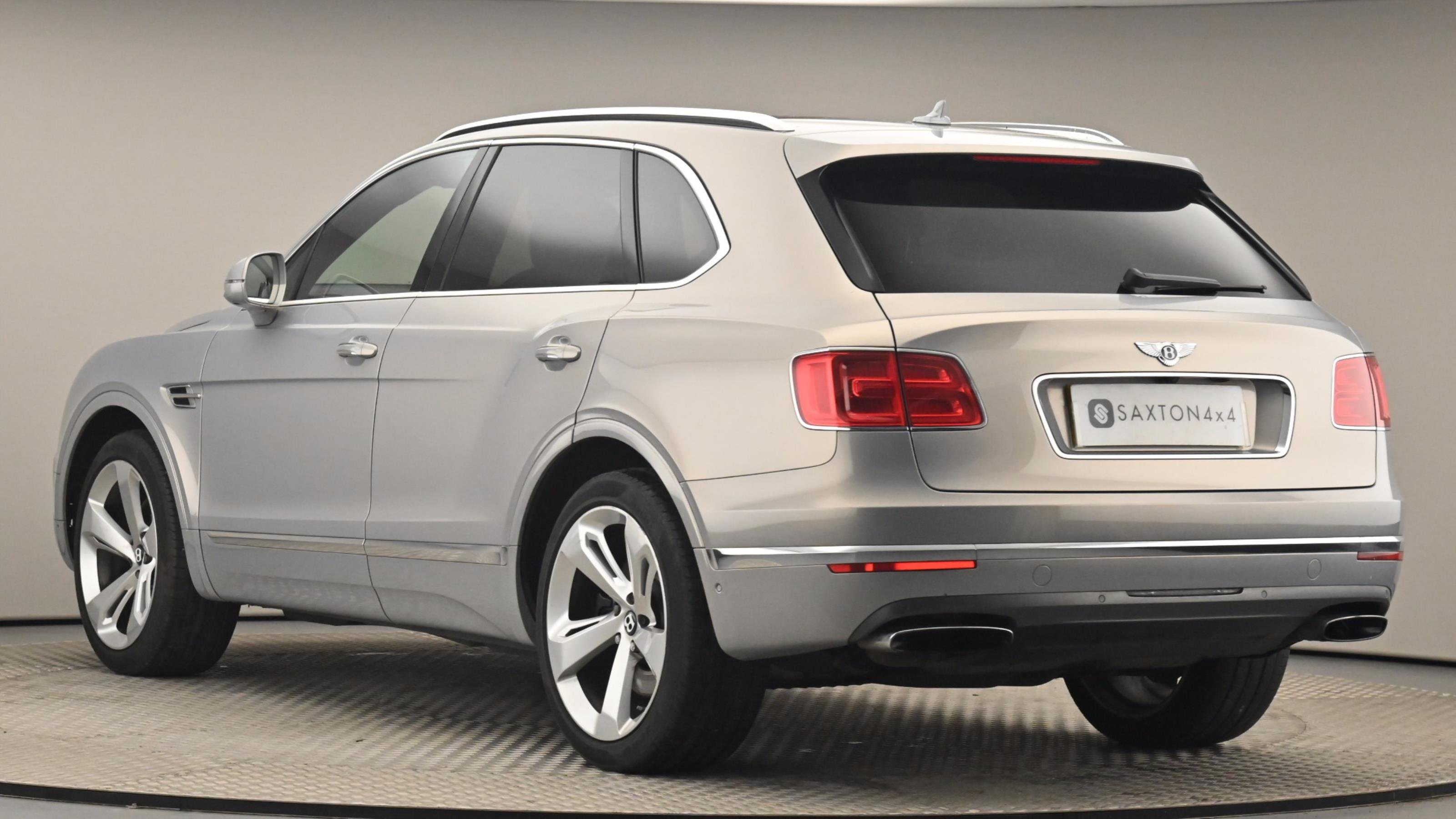 Used 2016 Bentley BENTAYGA 6.0 W12 5dr Auto GREY at Saxton4x4