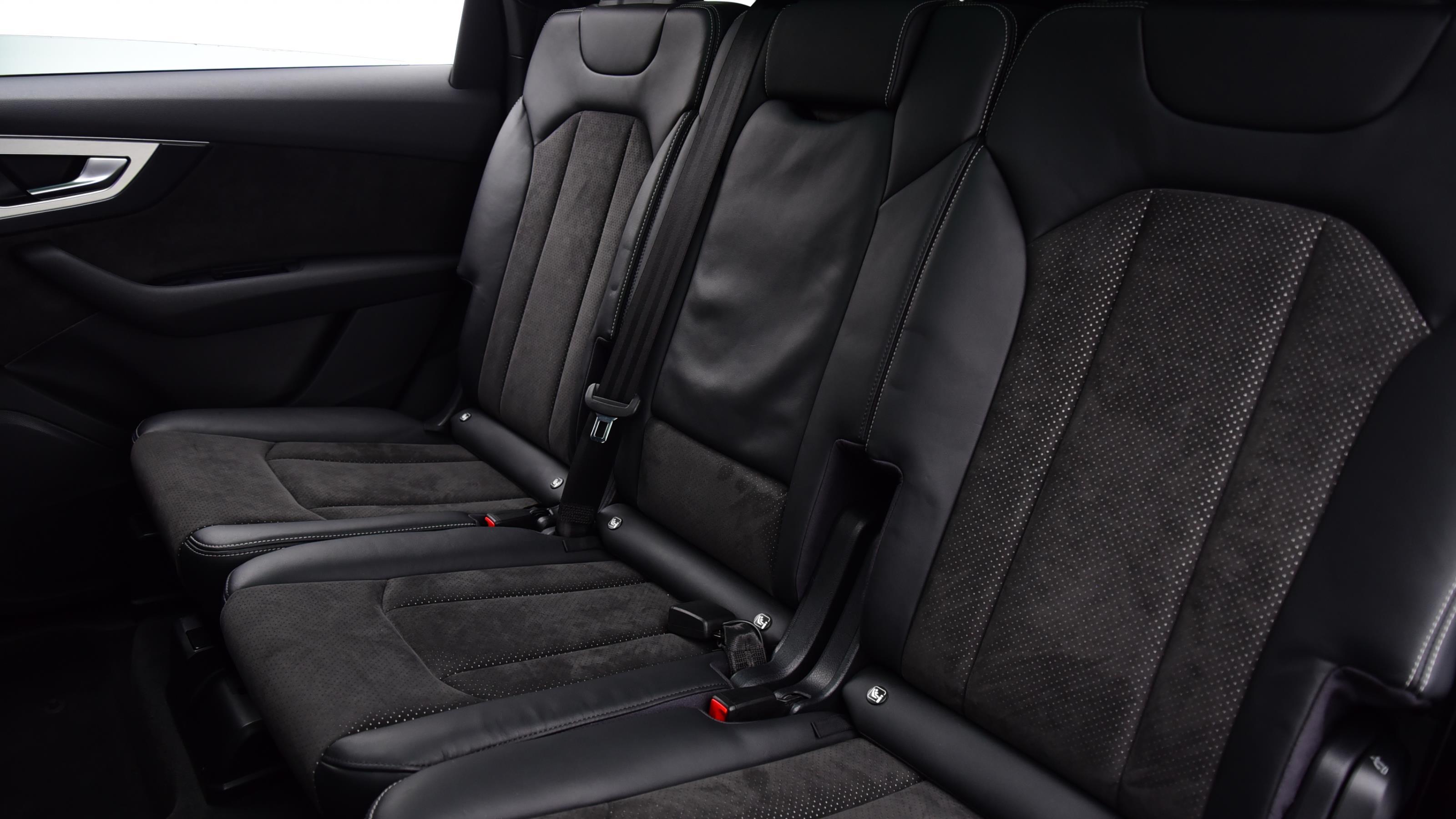Used 2016 Audi Q7 3.0 TDI Quattro S Line 5dr Tip Auto GREY at Saxton4x4