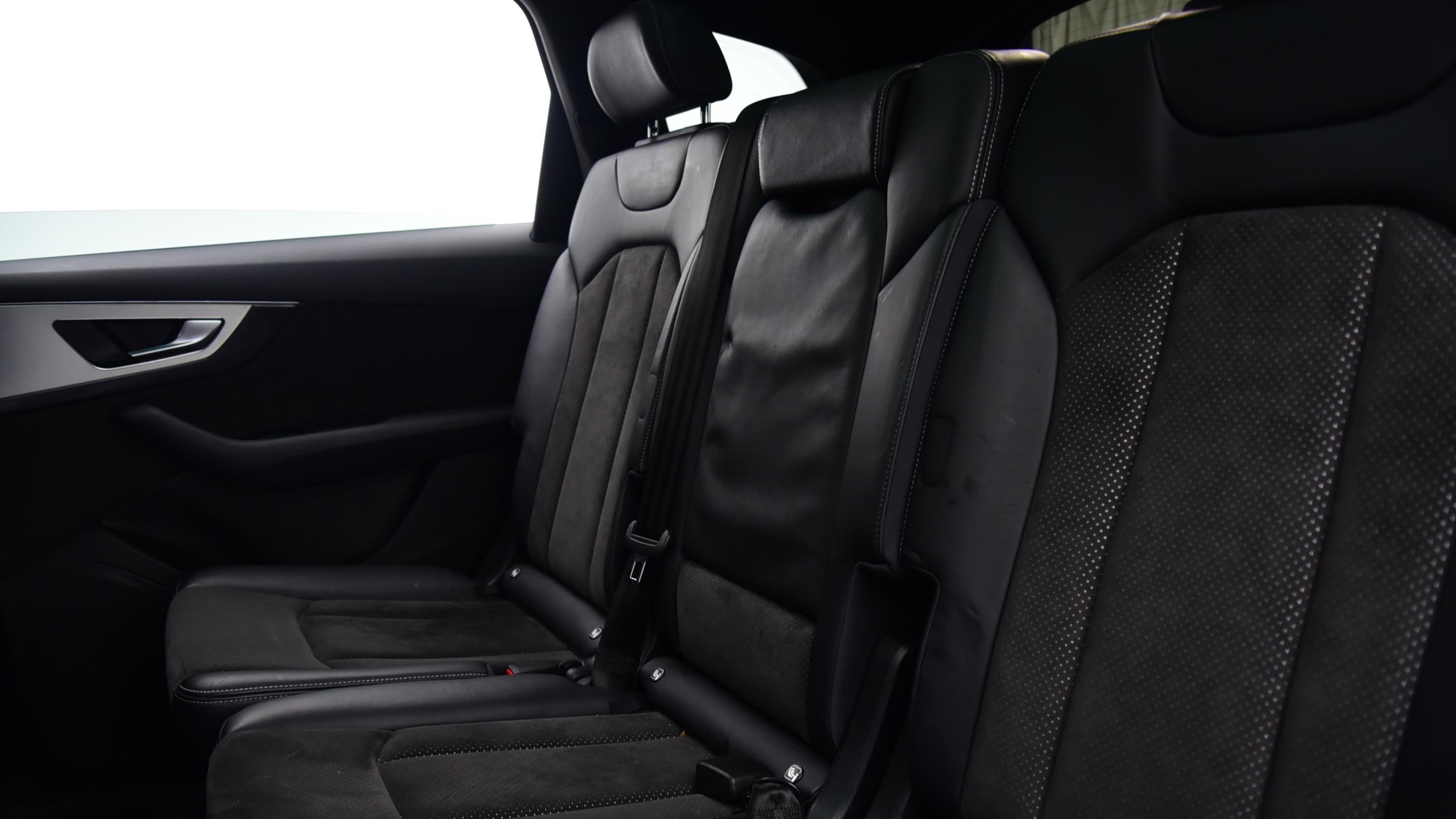 Used 2016 Audi Q7 3.0 TDI Quattro S Line 5dr Tip Auto WHITE at Saxton4x4