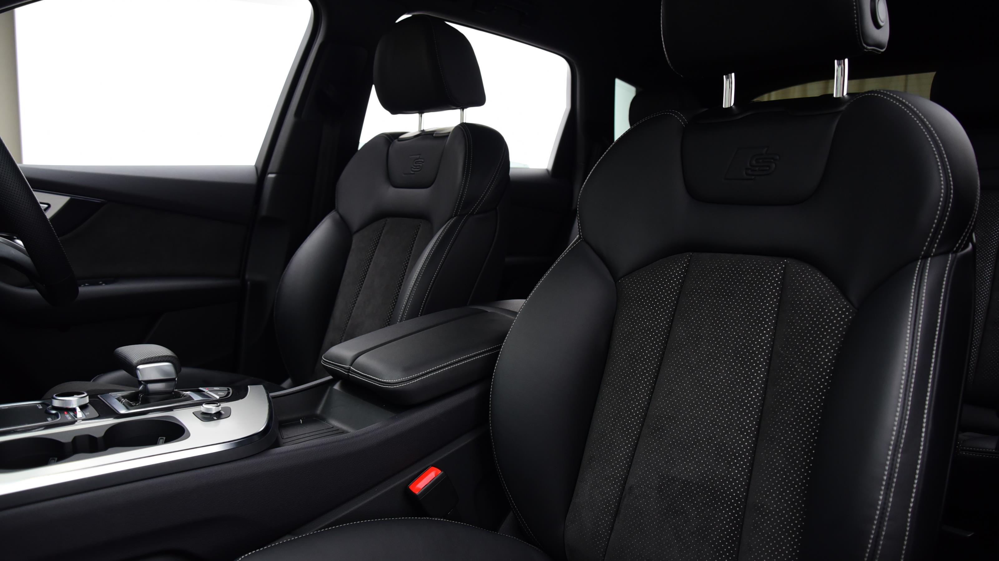 Used 2019 Audi Q7 50 TDI Quattro S Line 5dr Tiptronic WHITE at Saxton4x4