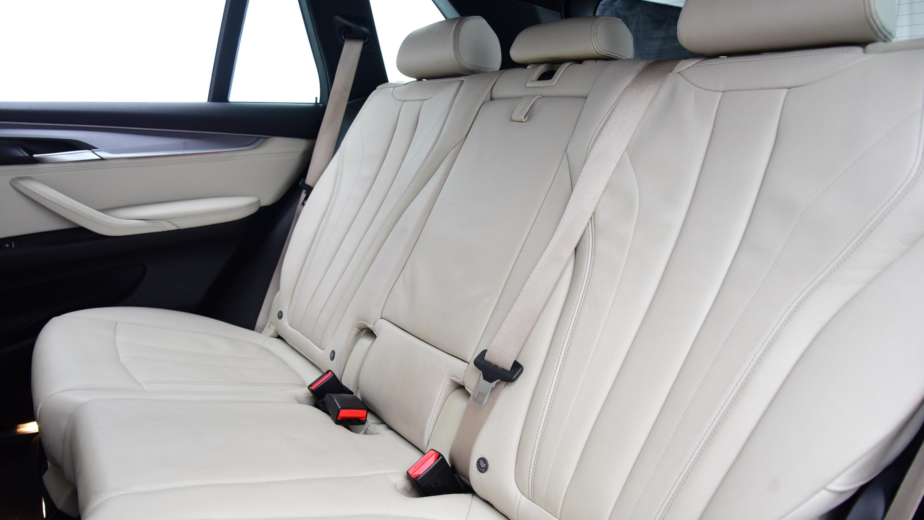 Used 2016 BMW X5 xDrive30d M Sport 5dr Auto [7 Seat] BLACK at Saxton4x4