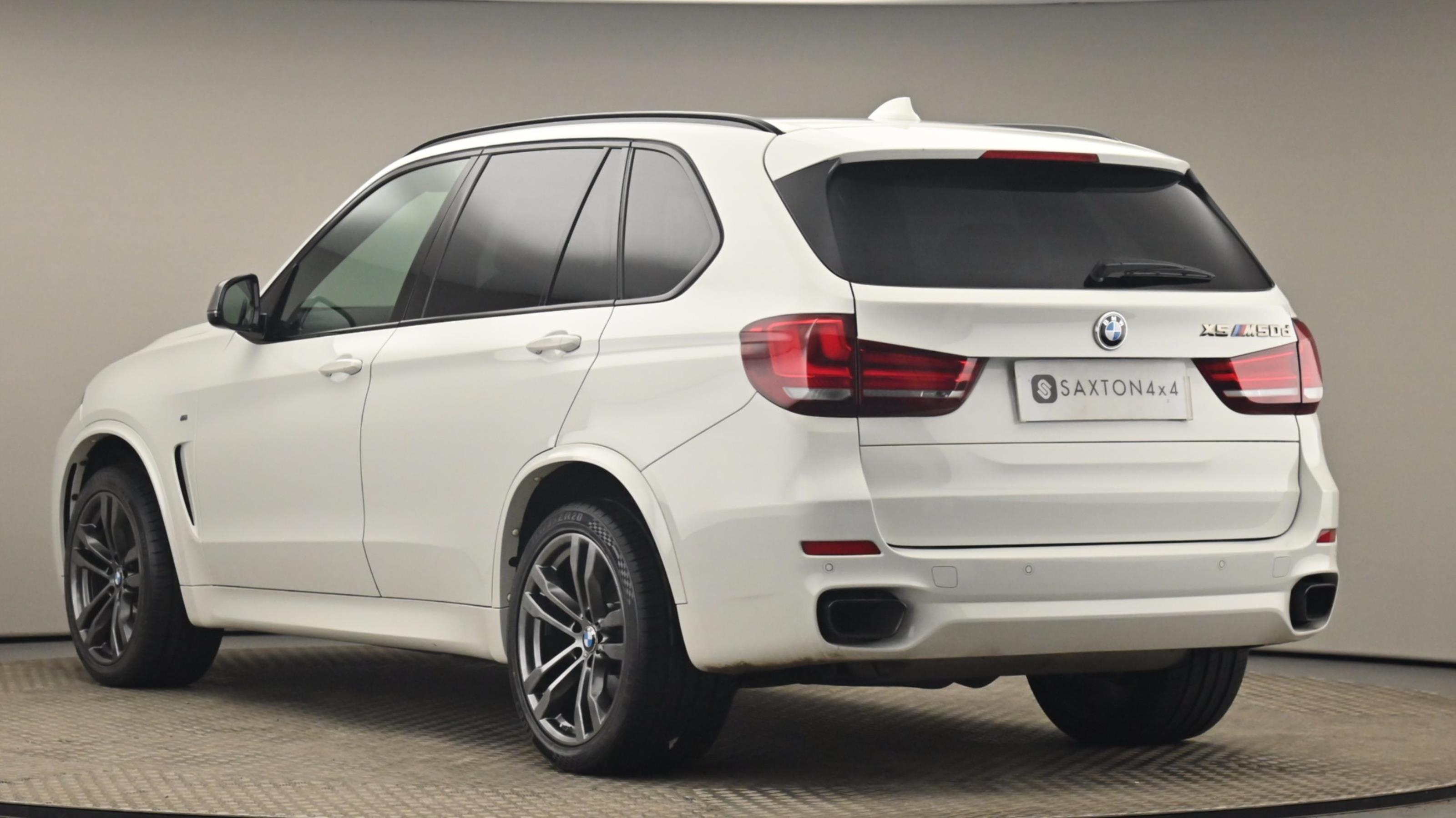 Used 2016 BMW X5 xDrive M50d 5dr Auto WHITE at Saxton4x4