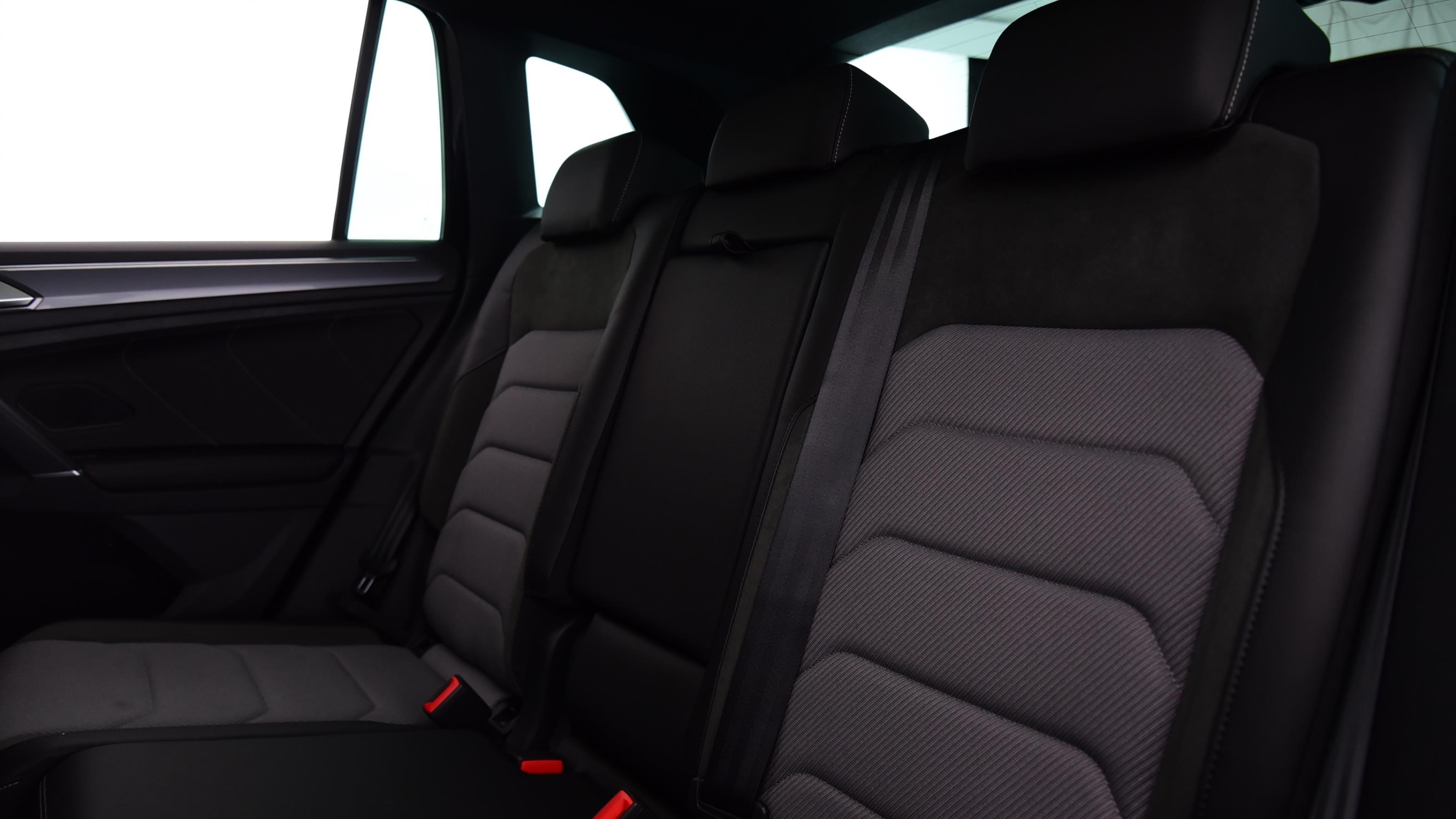 Used 2017 Volkswagen TIGUAN 2.0 TDi 150 R Line 5dr DSG BLACK at Saxton4x4