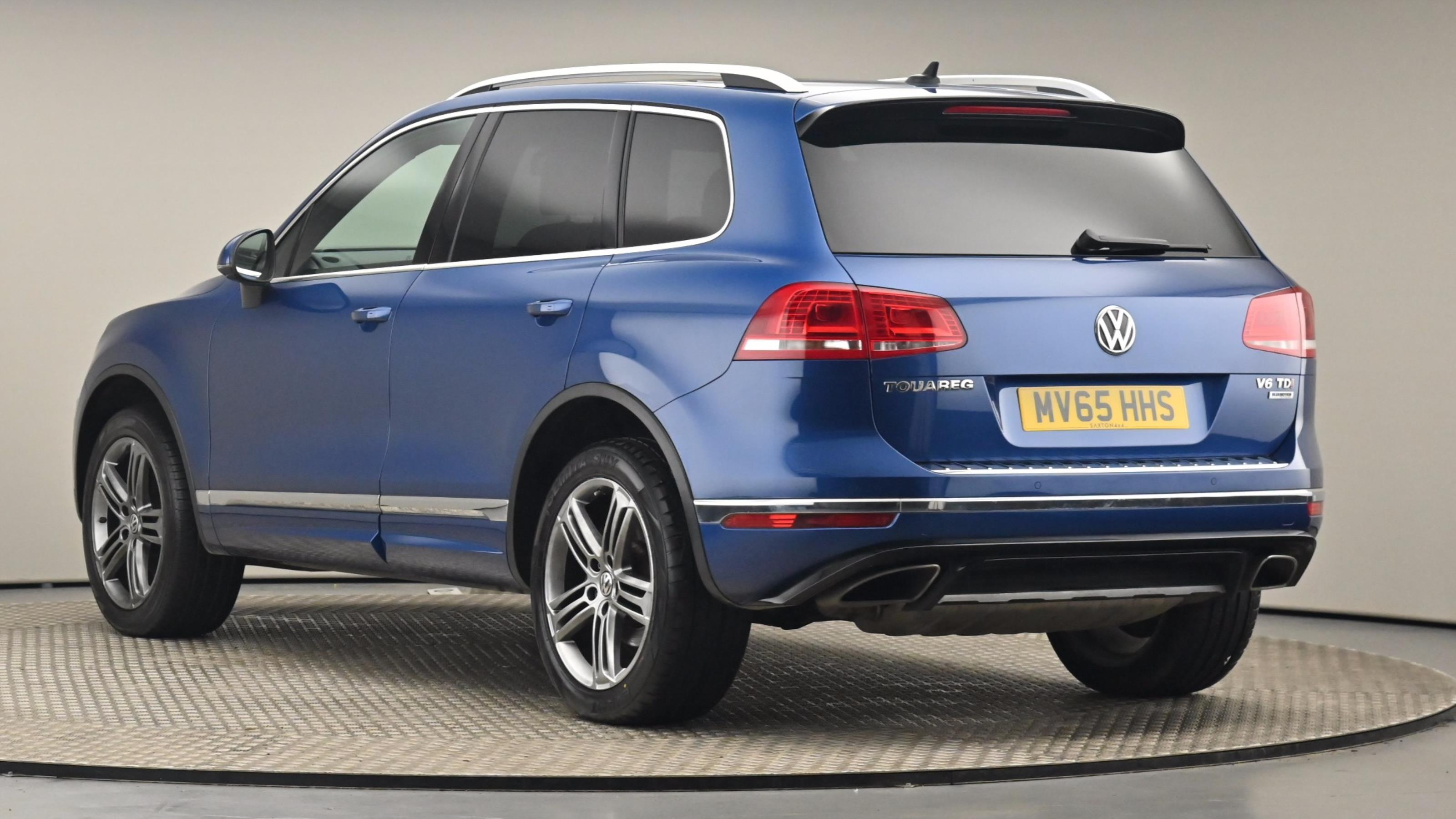 Used 2015 Volkswagen TOUAREG 3.0 V6 TDI BlueMotion Tech 262 R Line 5dr Tip Auto BLUE at Saxton4x4