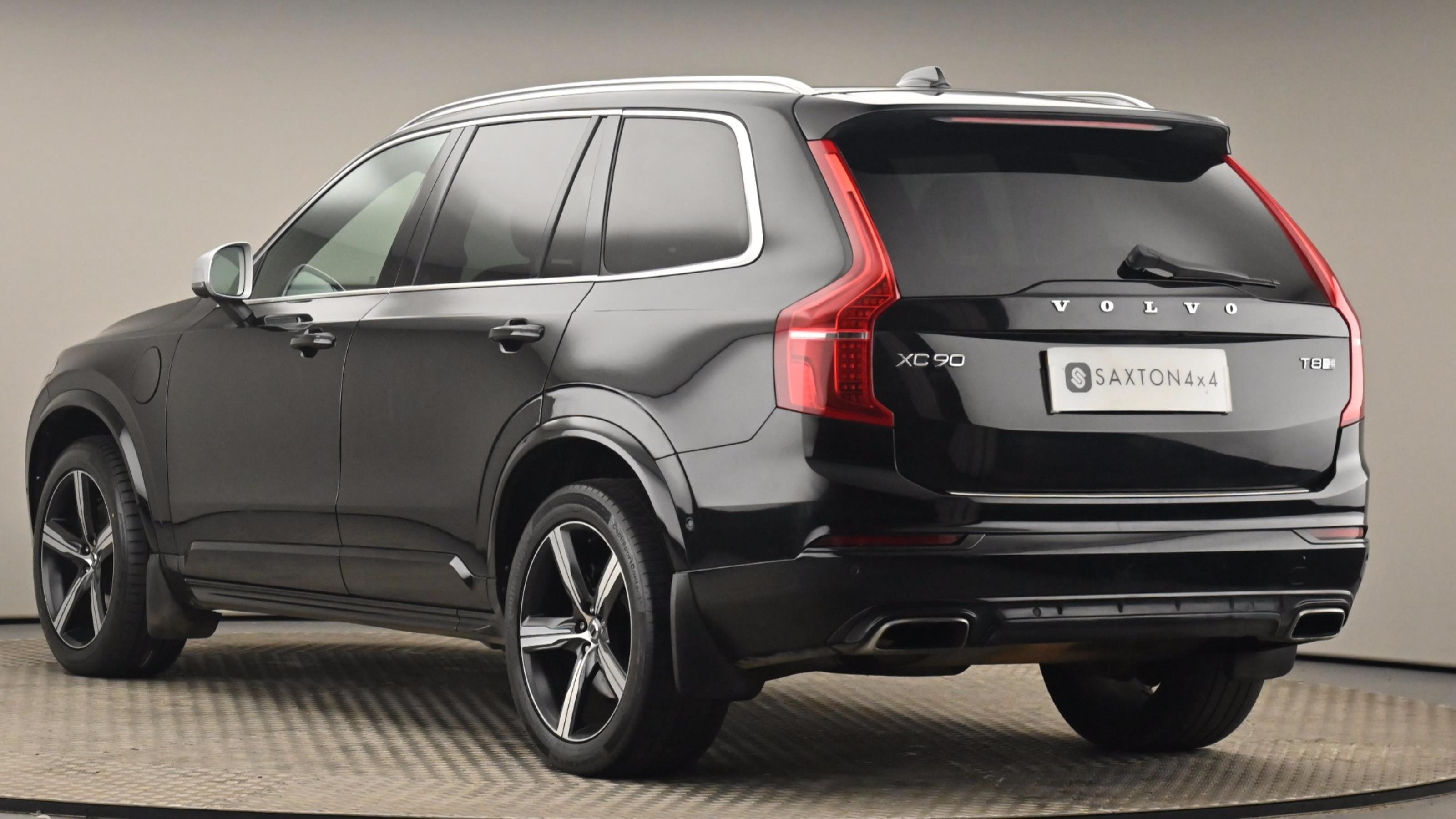 Used 2016 Volvo XC90 2.0 T8 Hybrid R DESIGN 5dr Geartronic BLACK at Saxton4x4
